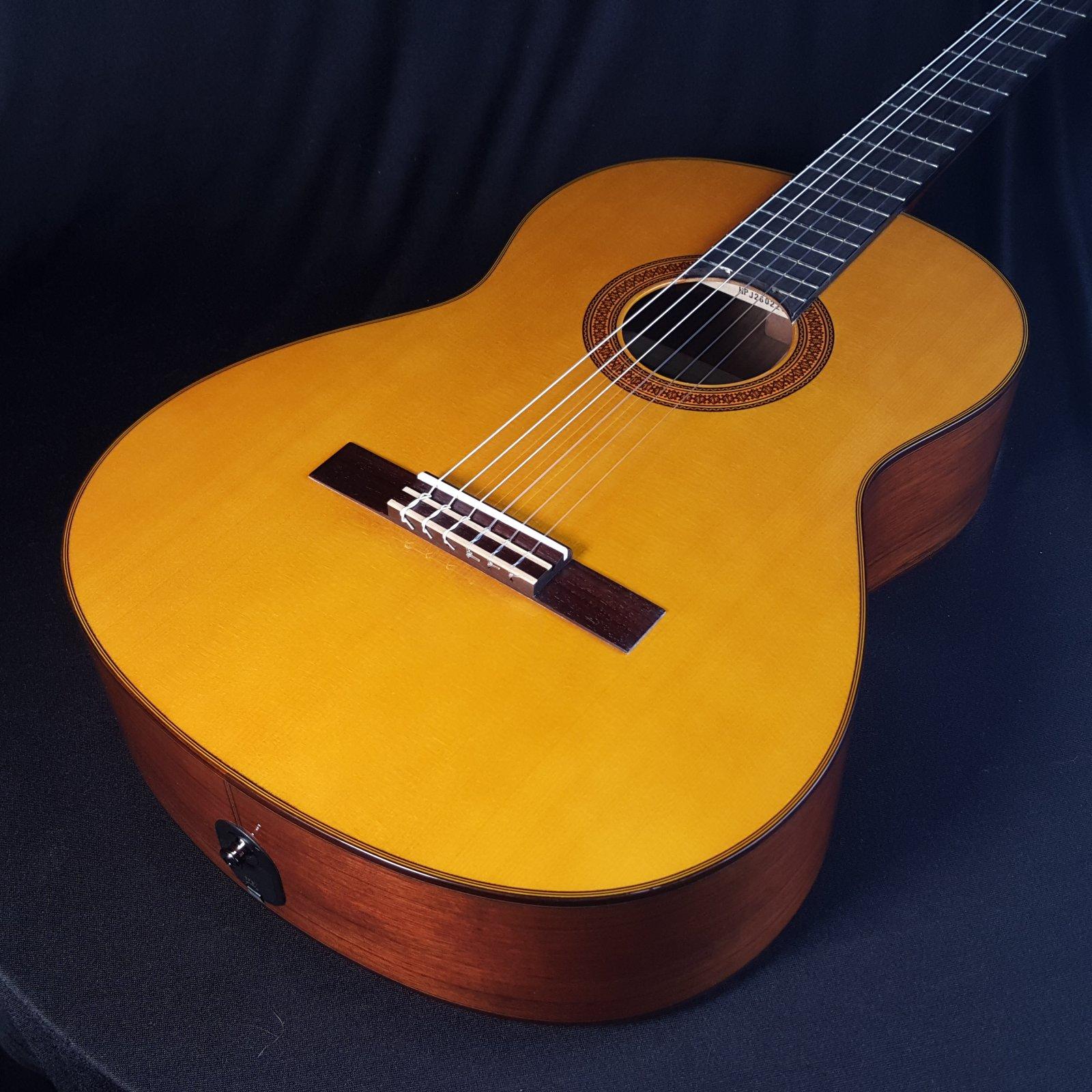 YAMAHA CG-TA VT TransAcoustic Classical Nylon String Guitar