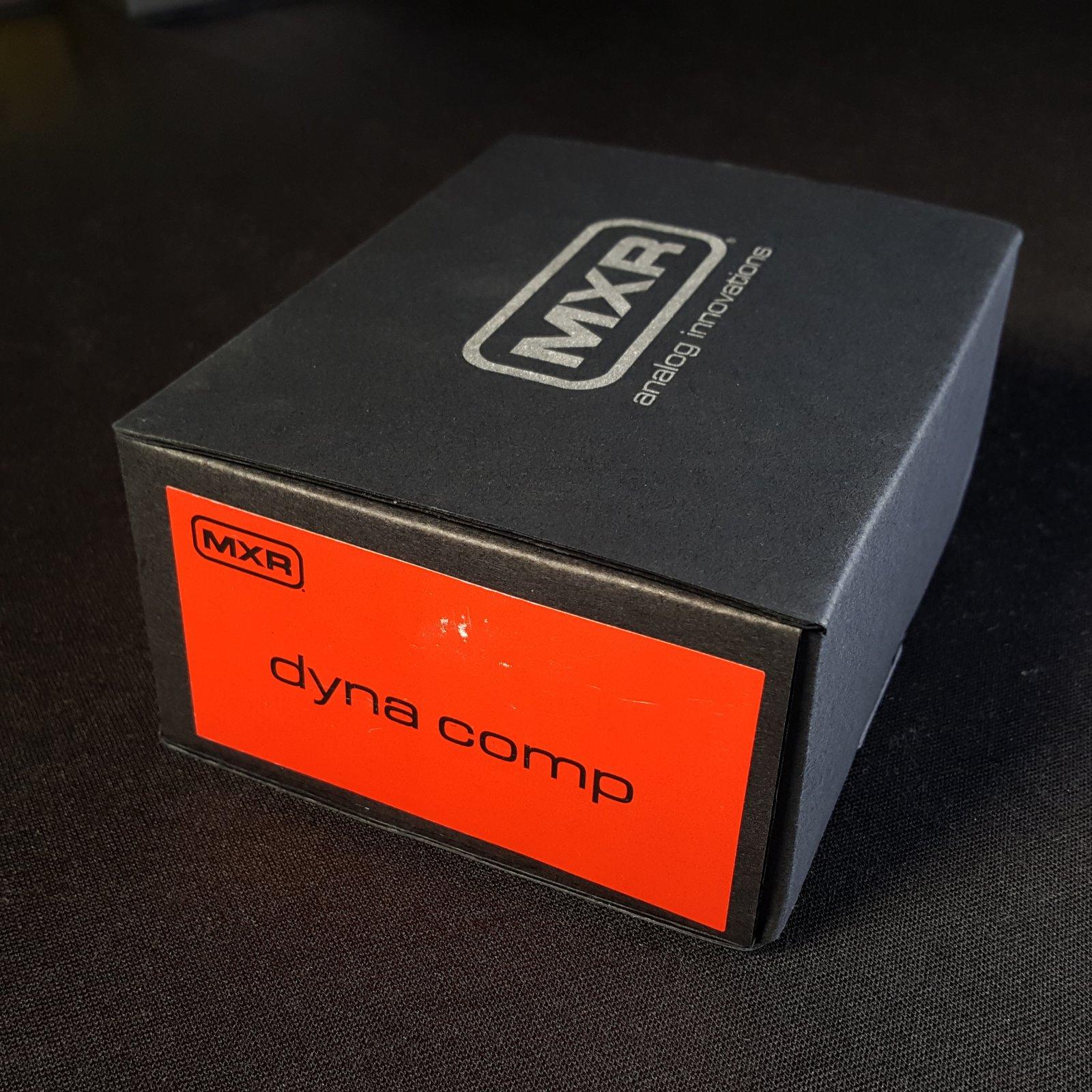 MXR Dyna Comp M-102 Compressor Gutiar Effects Pedal