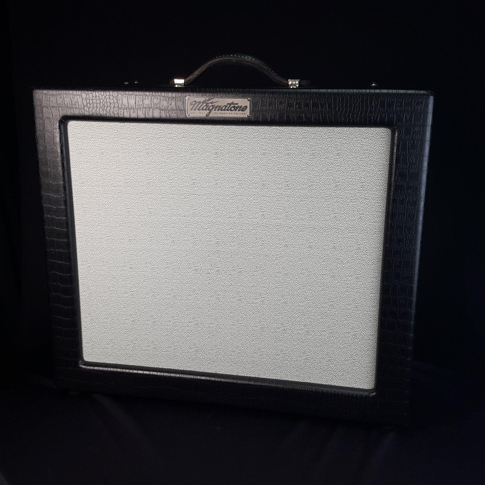 USED Magnatone Varsity Reverb Black Tolex TV Front amplifier w/ Cover