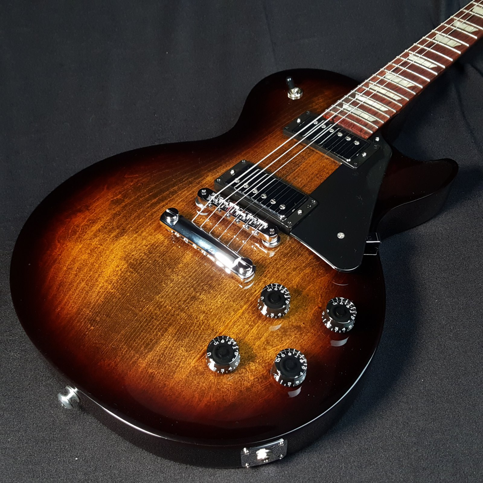 Gibson Les Paul Studio Smokehouse Burst w/gig Bag