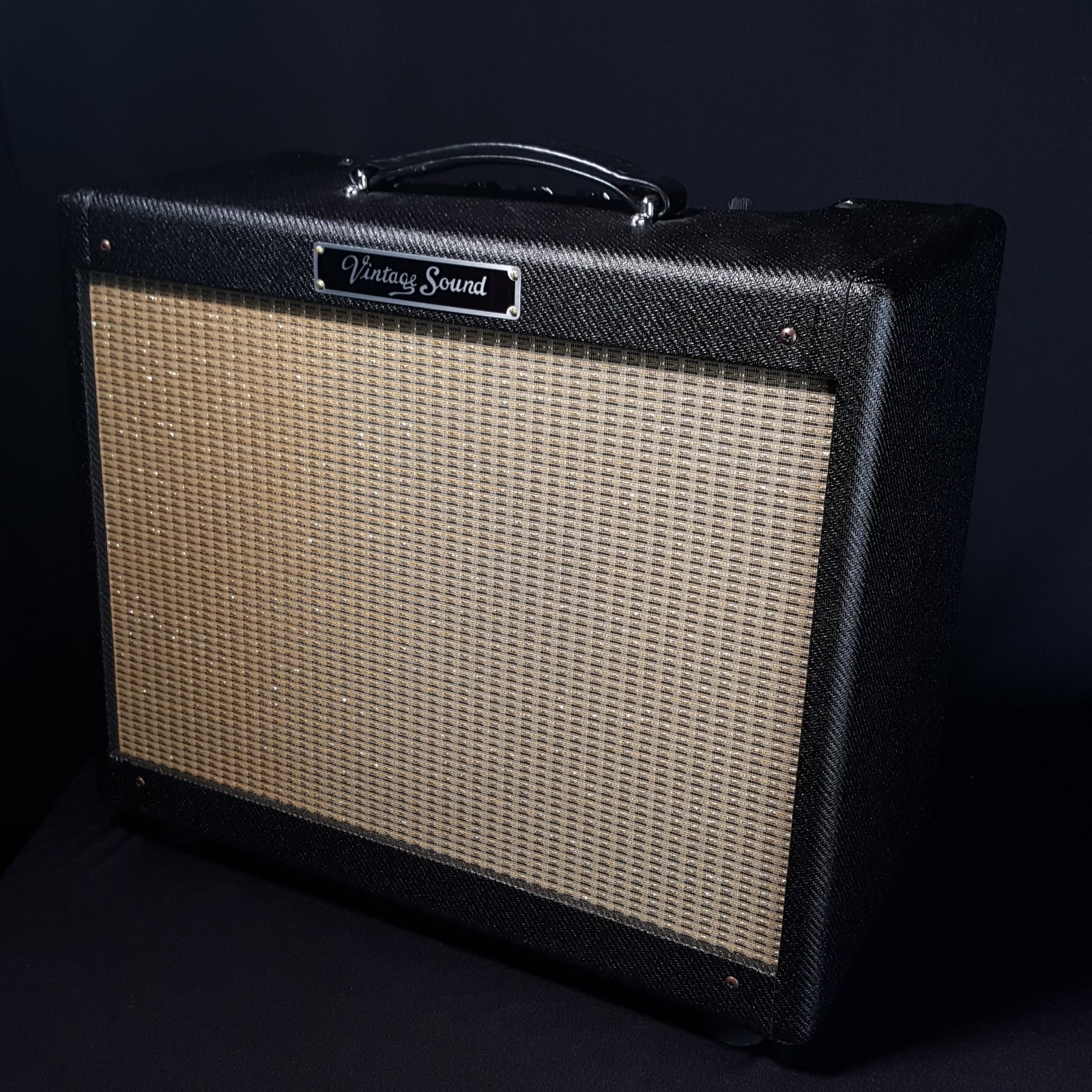 USED Vintage Sound Black Tweed 15 Combo Guitar Amplifier Amp w/Cover