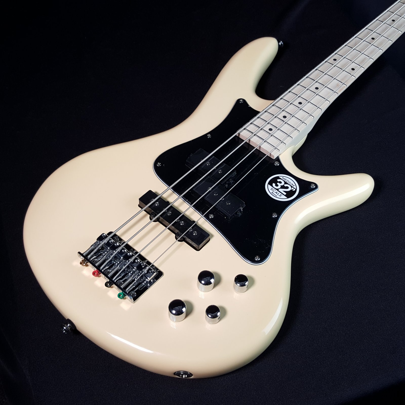 Ibanez Mezzo SRMD200K Medium Scale Bass Vintage White