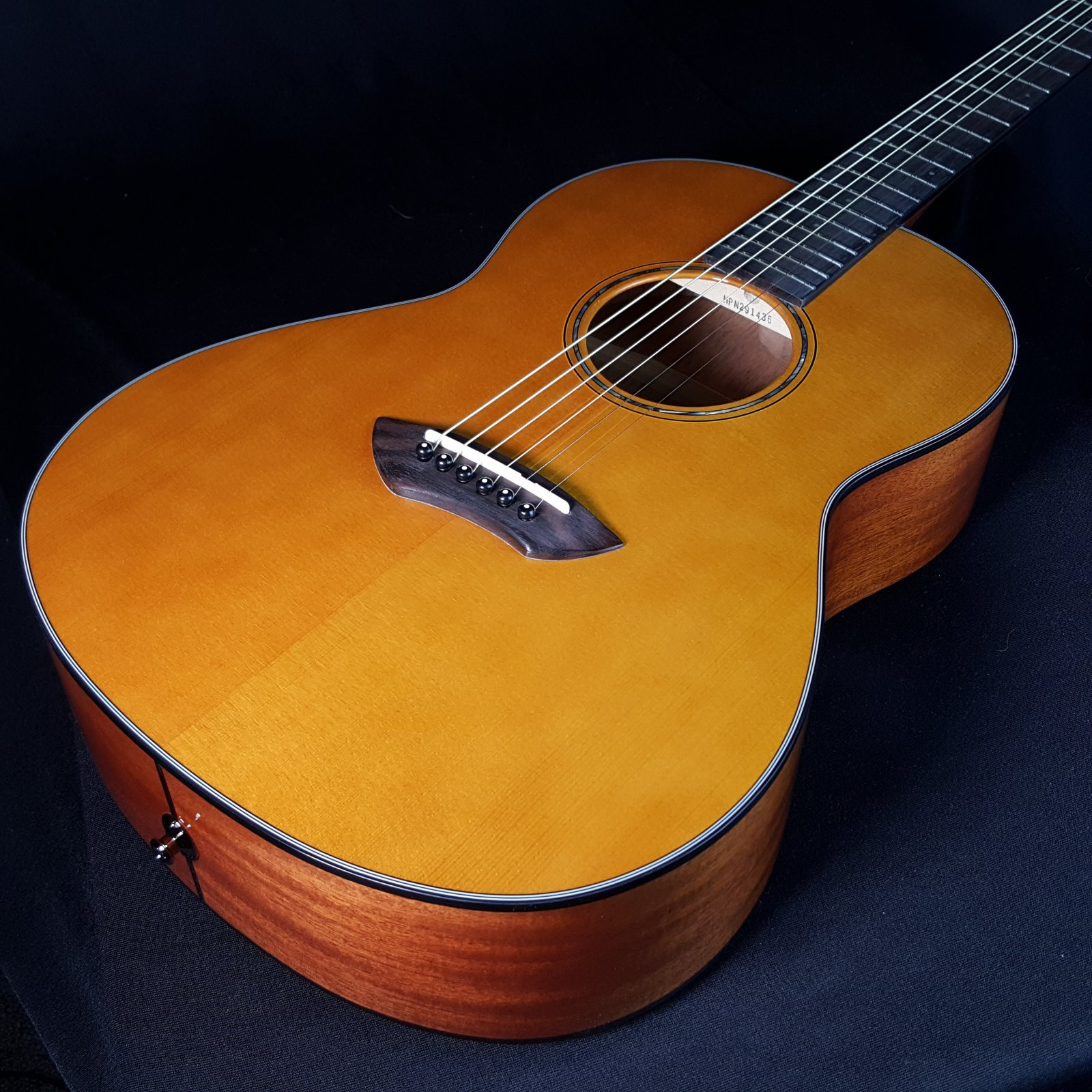 Yamaha CSF1M Parlor Vintage Tint Acoustic Electric Guitar With Bag