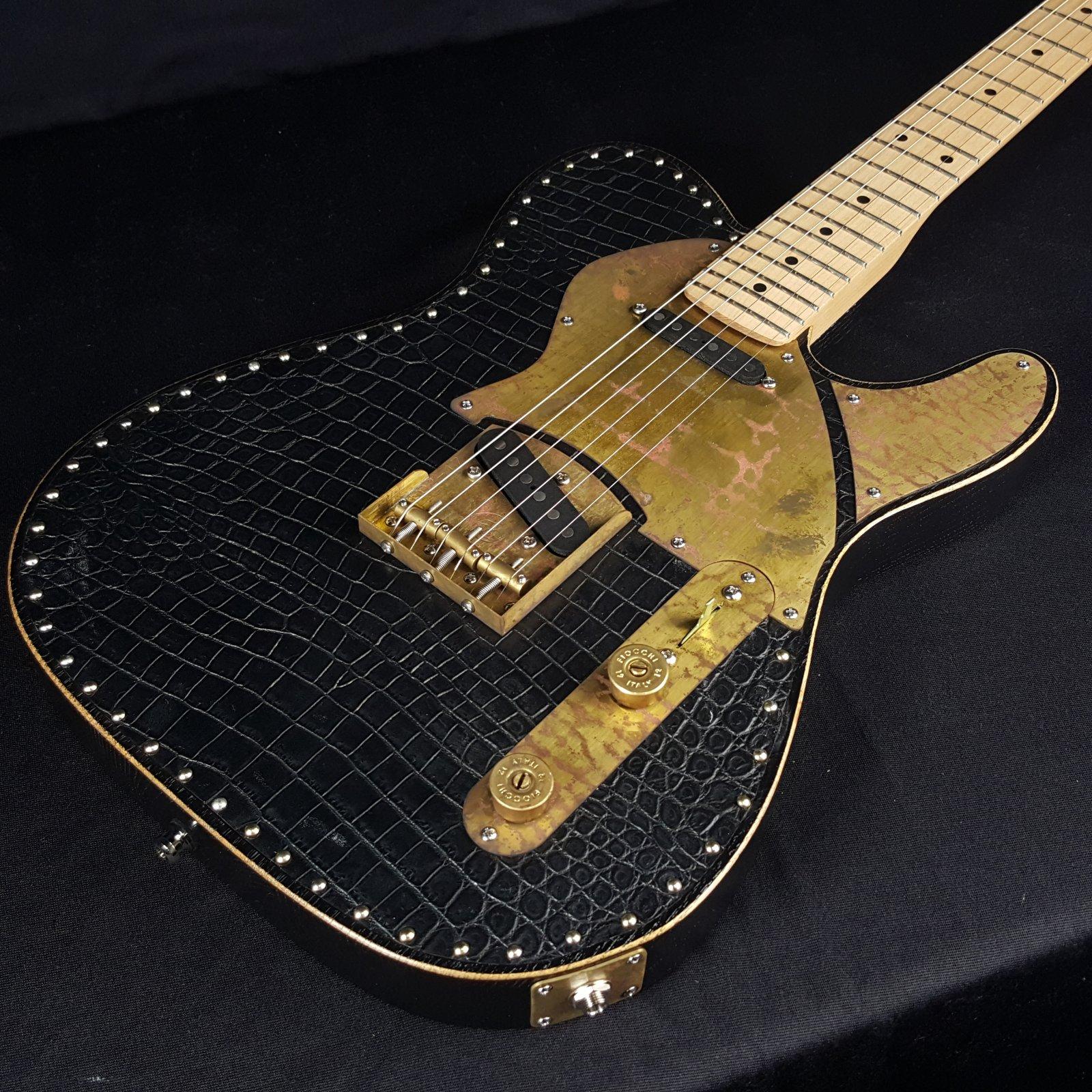 Paoletti Nancy Leather Top Birdseye SS Black w/ Paoletti HS Case