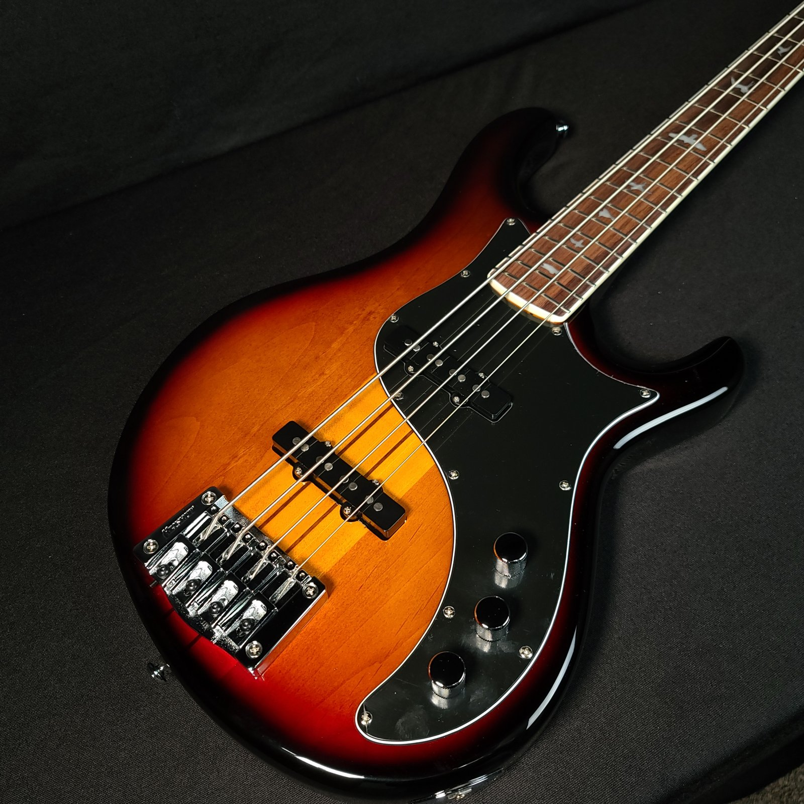 Paul Reed Smith PRS SE Kestrel Sunburst Neck Through 4 String Bass with Gig Bag