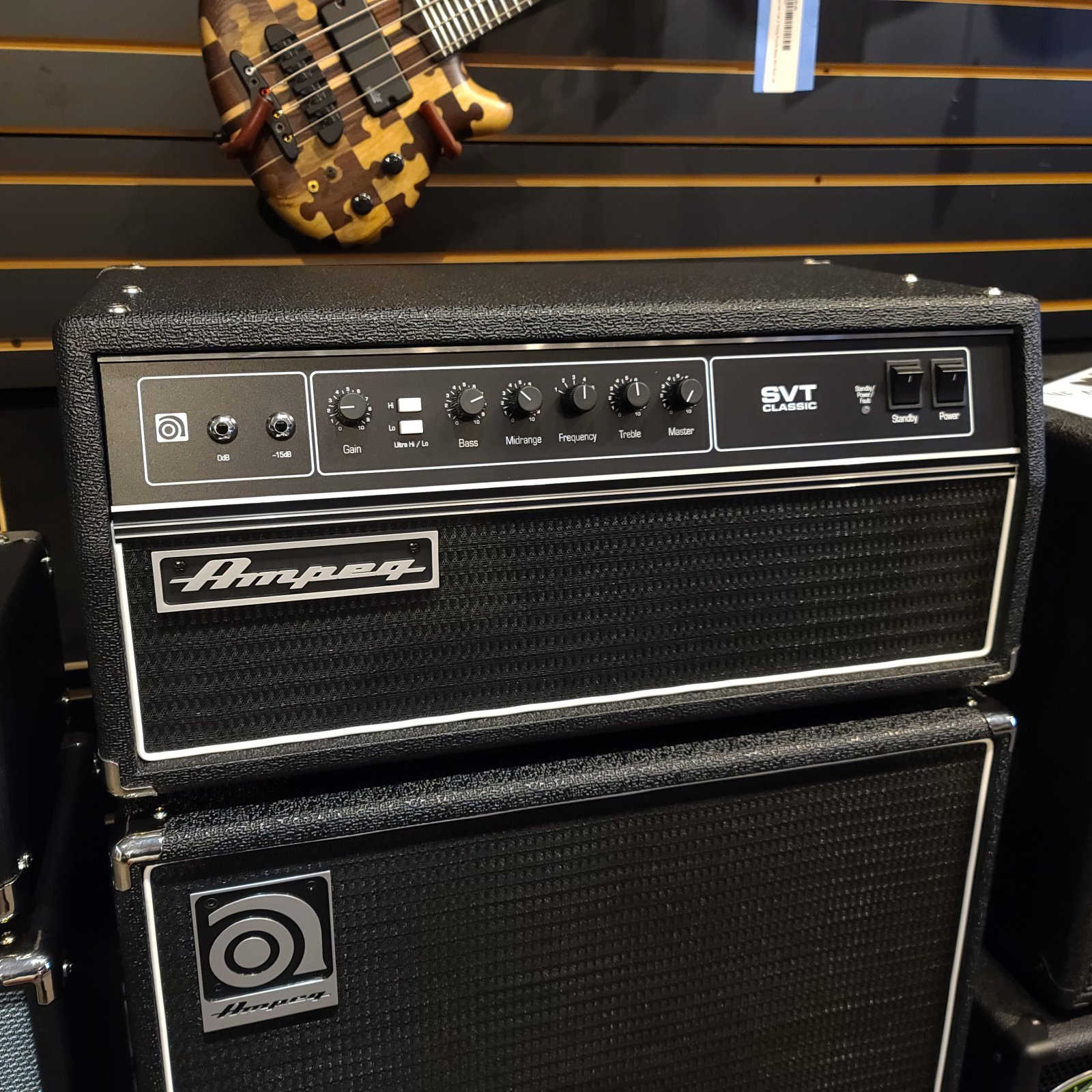Ampeg SVT Classic CL 300 Watt Tube Bass Amplifier Head
