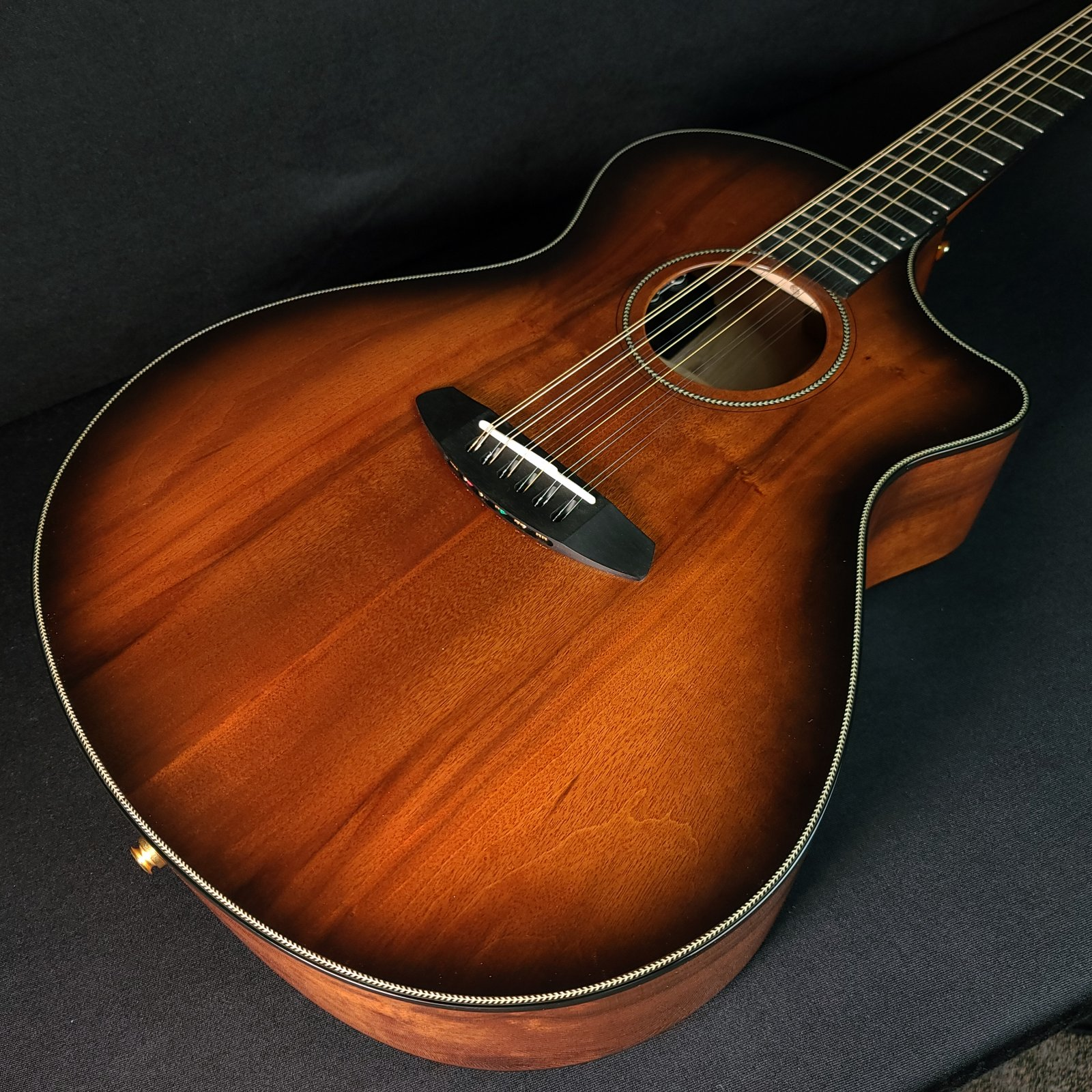 Breedlove Oregon Concerto Bourbon Burst CE 12-String Myrtlewood  w/Case
