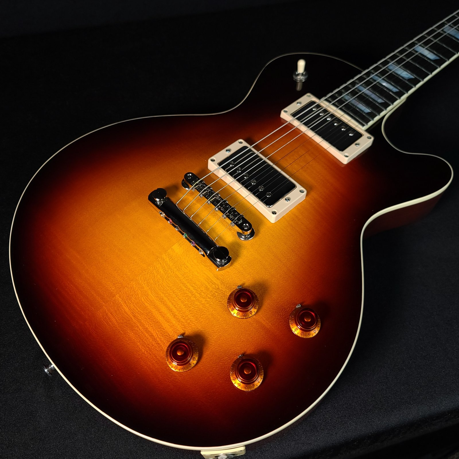 Eastman SB59 Lacquer Sunburst Solid Body Electric With Case 3704