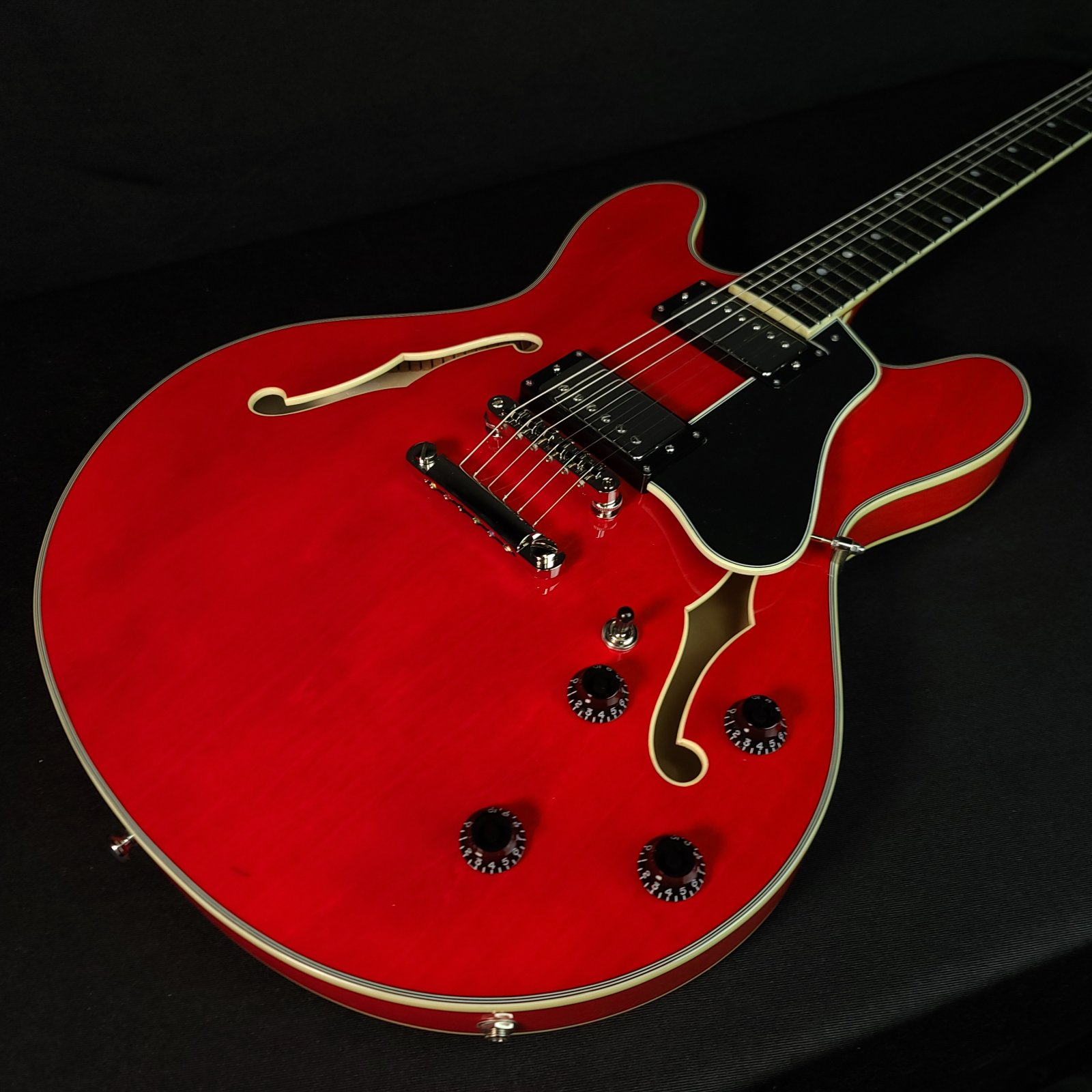 Eastman T386 #0655 Red Semi Hollow Electric Guitar, Hard Case
