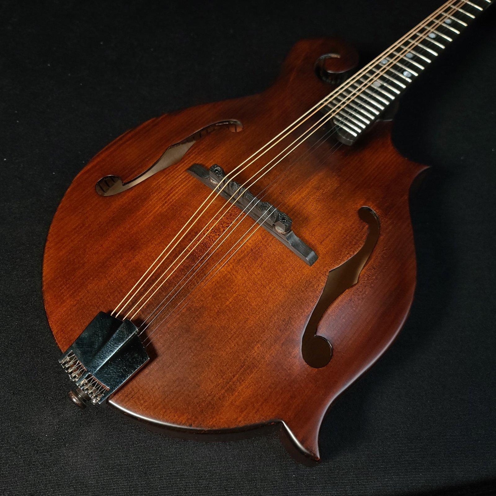 Eastman MD515 N/CC Classic Vintage Nitro Mandolin With Case