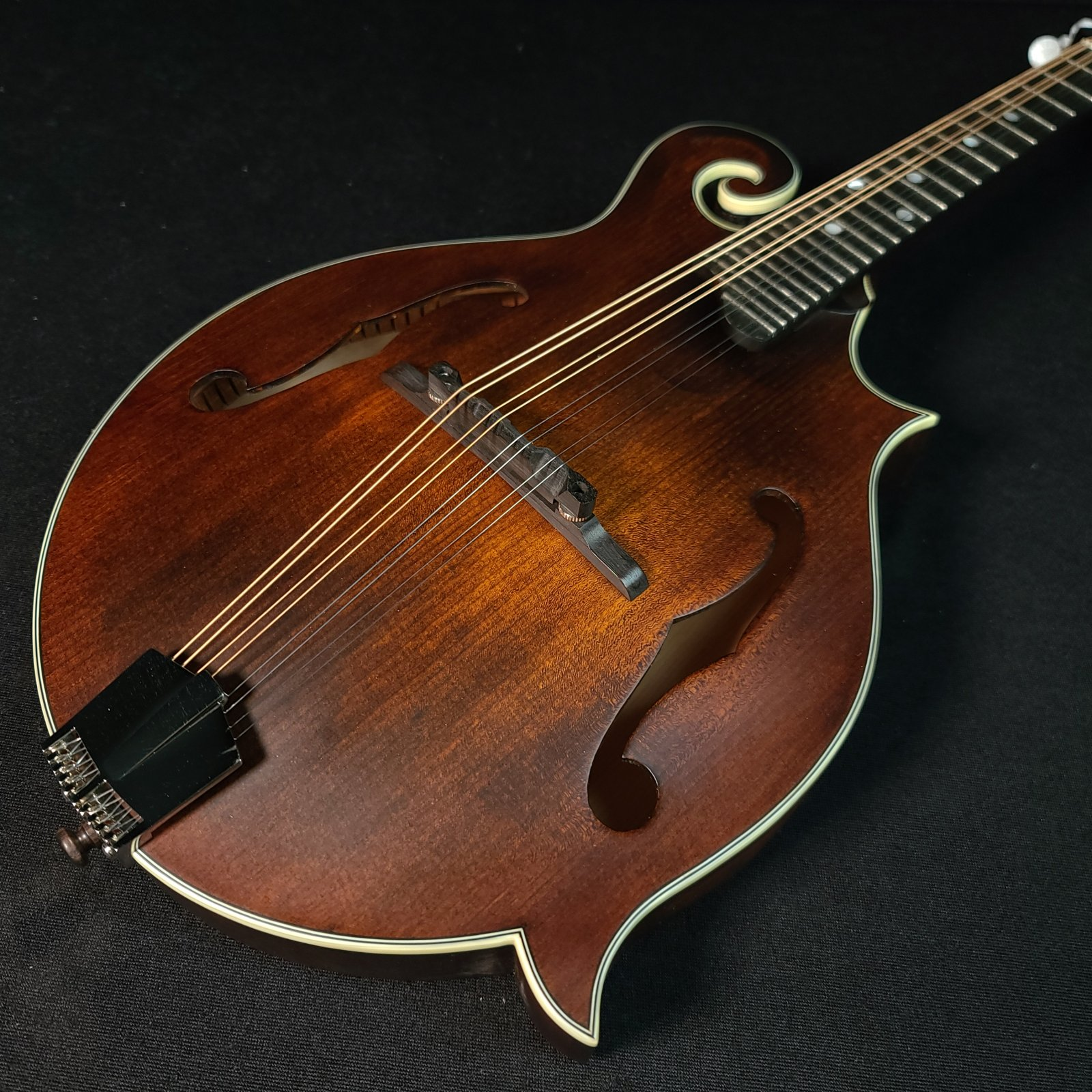 Eastman MD315 F Style 1930 Classic Finish Mandolin with case