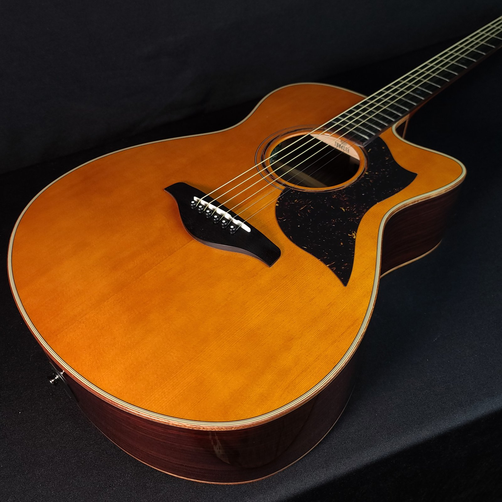 Yamaha AC5R B Stock Electric Acoustic Guitar With Hard Shell Case