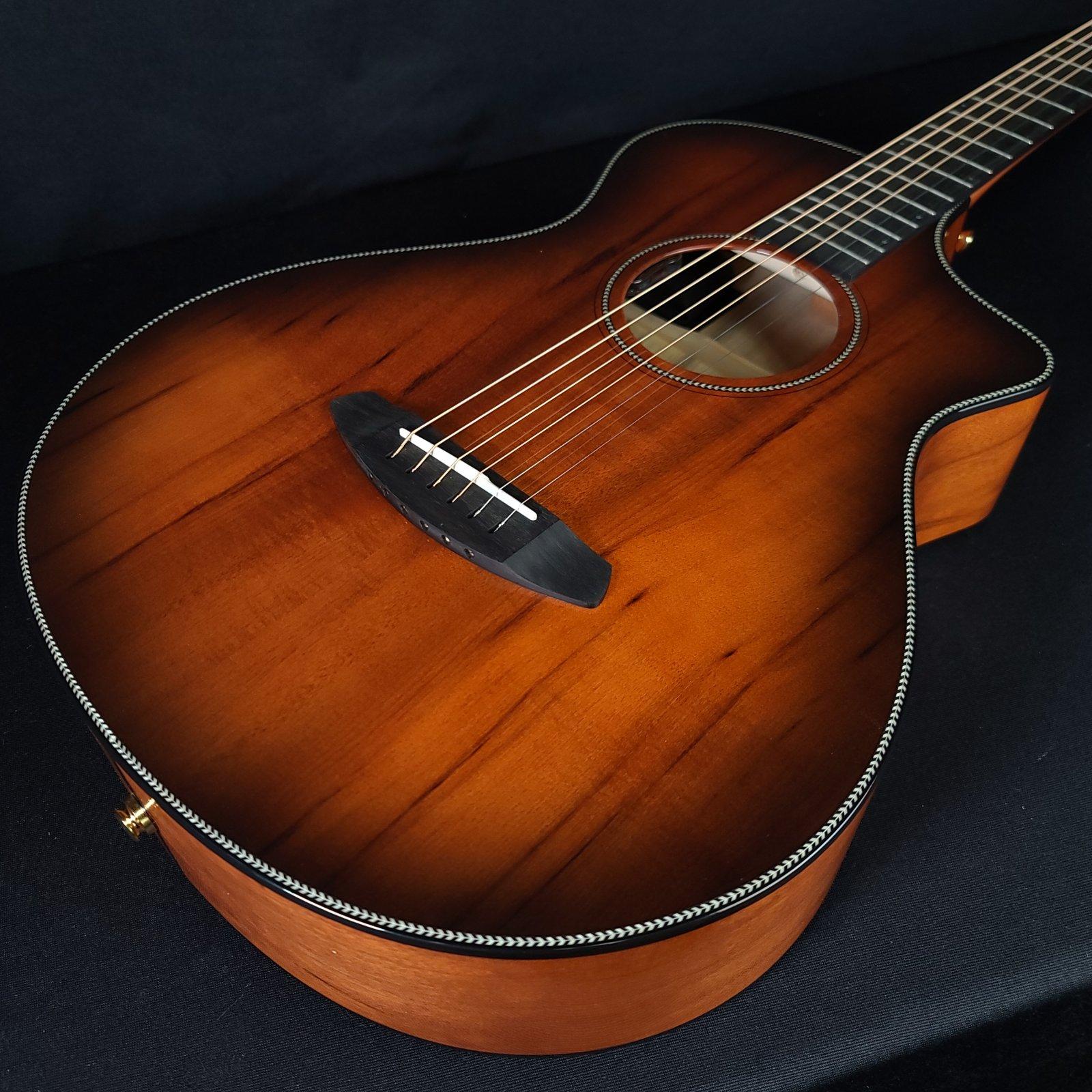 Breedlove Oregon Concertina Bourbon CE Acoustic Electric Guitar w/ Case