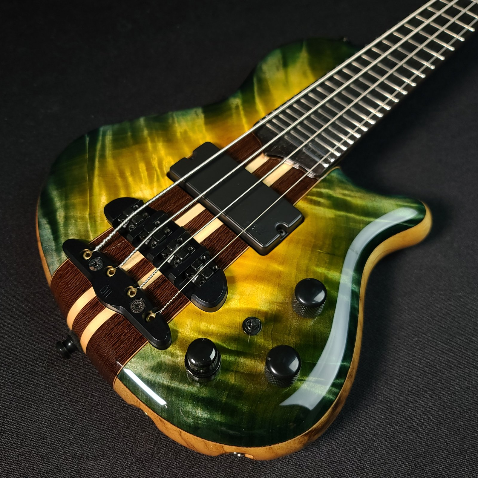 Mayones Cali 4 String Green Flame Top Mini Bass with Headphone Preamp