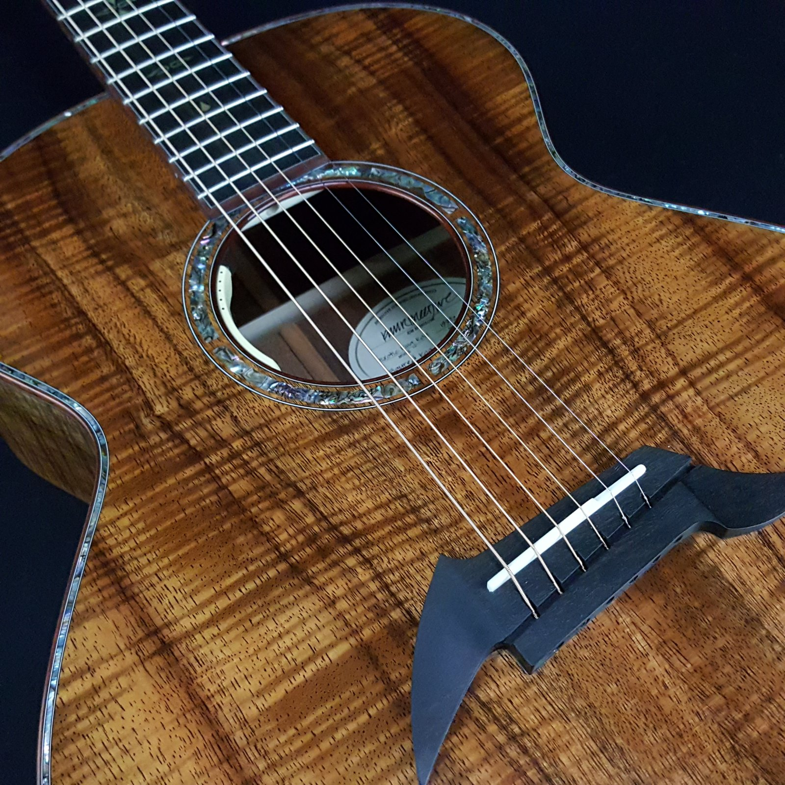 Breedlove Exotic King Koa Electric Acoustic Guitar with Case