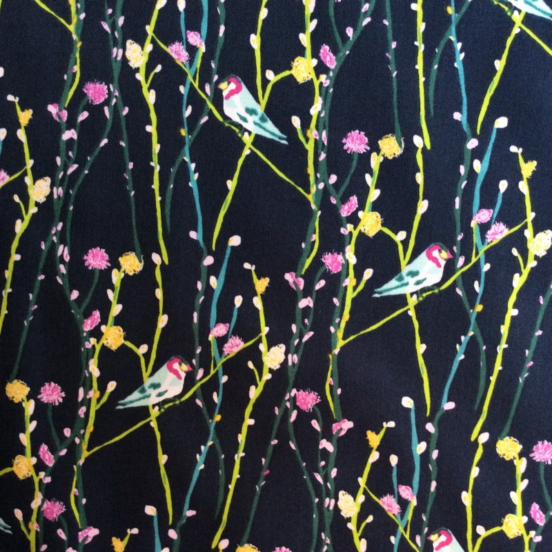 AR02 Contemporary Birds on Branches Flowers Floral Quilt Cotton Quilting Fabric