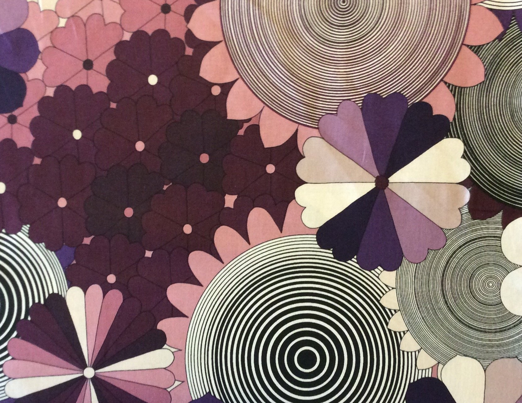 Alexander Henry Groovy Psychedelic Dizzy Hypnotize Circles Floral Illusion Quilting Cotton Fabric AH109