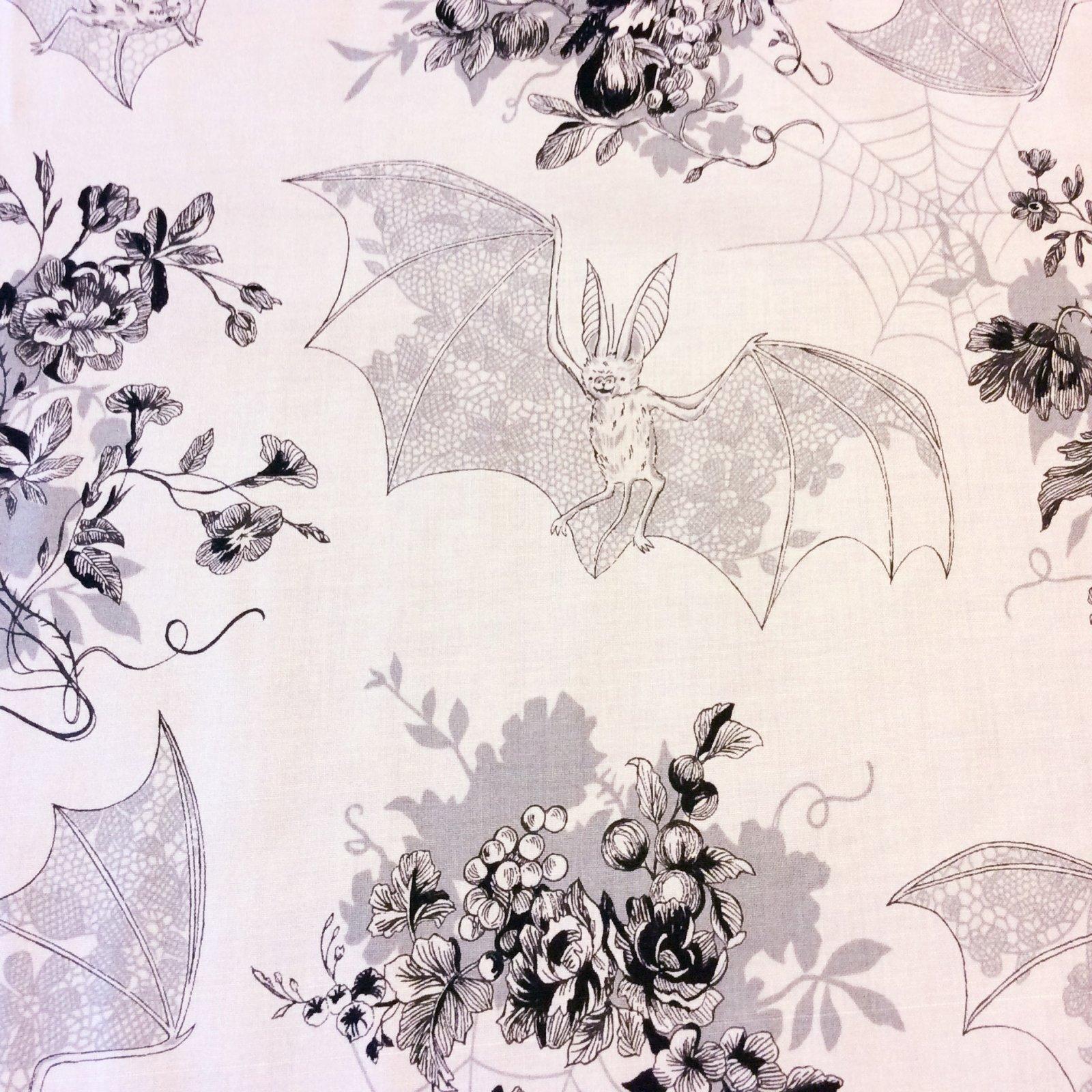 Bats Alexander Henry Halloween Bat Web Floral Holiday Goth Night Vampire Cotton Quilt Fabric AH203