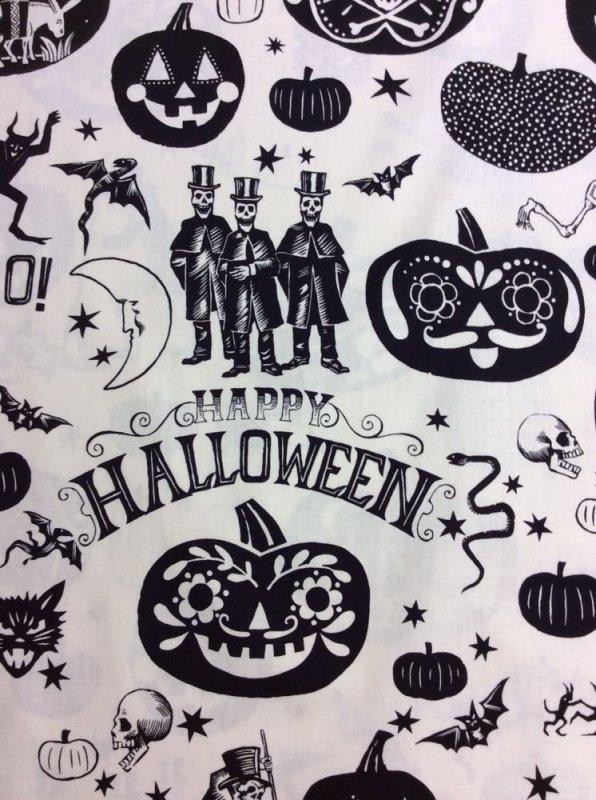 Alexander Henry Crafty Calaveras Day of the Dead Dia De Los Muertos Calaveras Halloween Skulls Cotton Quilt Fabric AH63