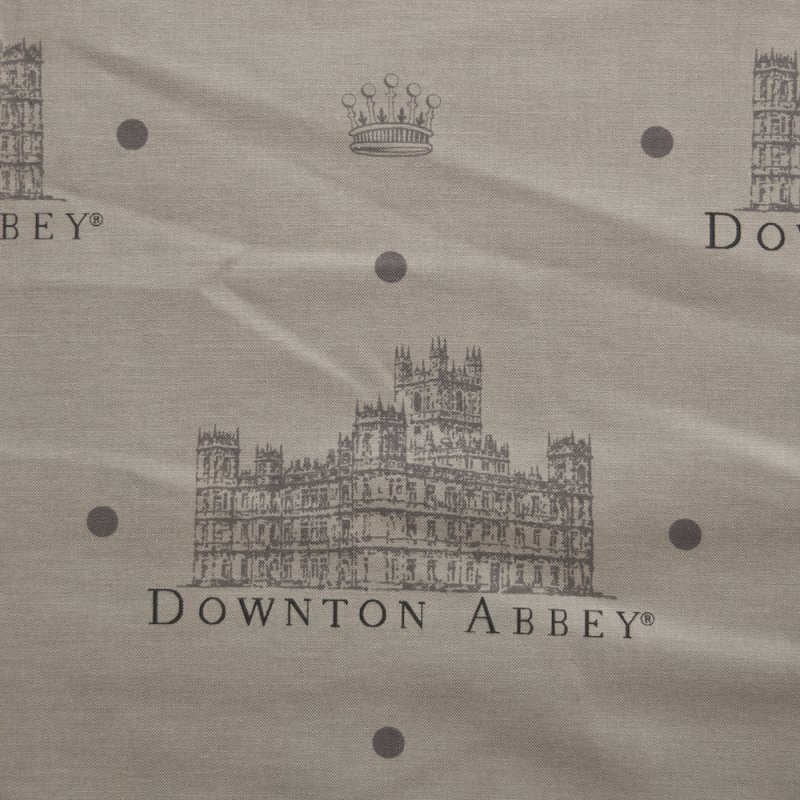 AN19 Downton Abbey Masterpiece Classic Highclere Logo Cotton Fabric Quilt Fabric