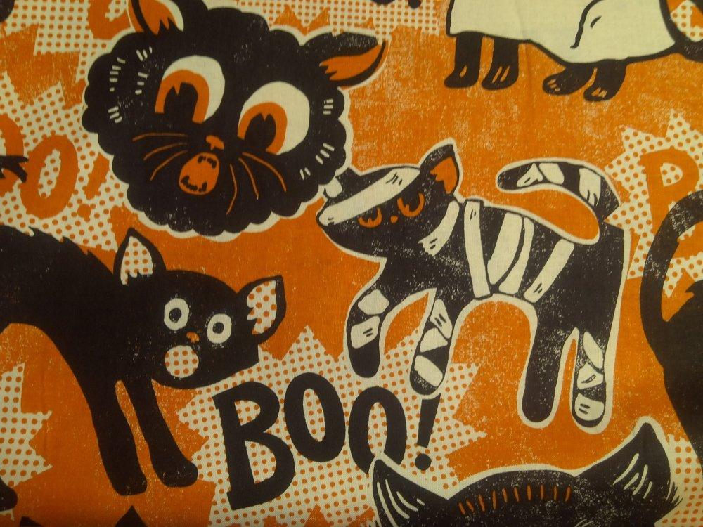 Spooky Retro Black Cat Kitten Vintage Style Maude Asbury Halloween Cotton fabric Quilt Fabric CR497
