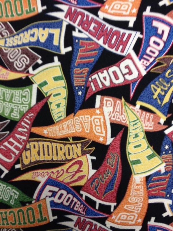 FAT QUARTER! Sports College Flags Pennants Retro Touchdown Cotton Fabric Quilt Fabric RPFRJ03