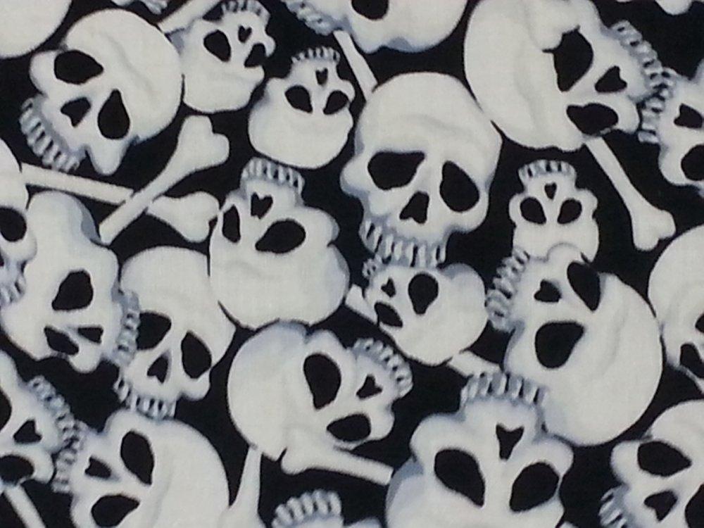 Skulls Bones Catacombs Skull Goth Outsider Art Pirate Black White Cotton fabric Quilt fabric WA03 AH40 R