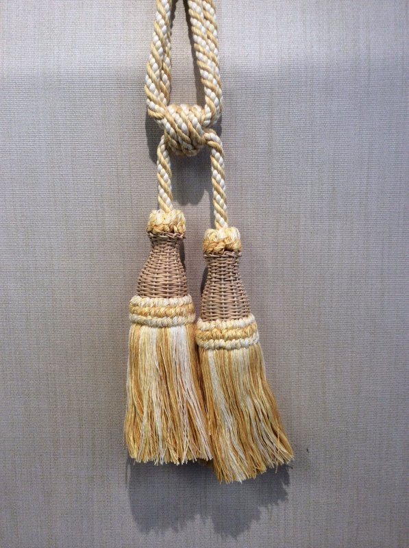 DeClercq Clarence House Cyrano Embrasse Tassel Handmade in Paris France Wicker & Cotton Double Tassel Tieback CHDC227
