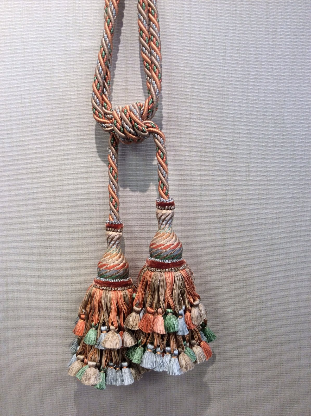 DeClercq Paris France Hand Made Luxury Tassel Il Palio Embrasse Clarence House CHDC755