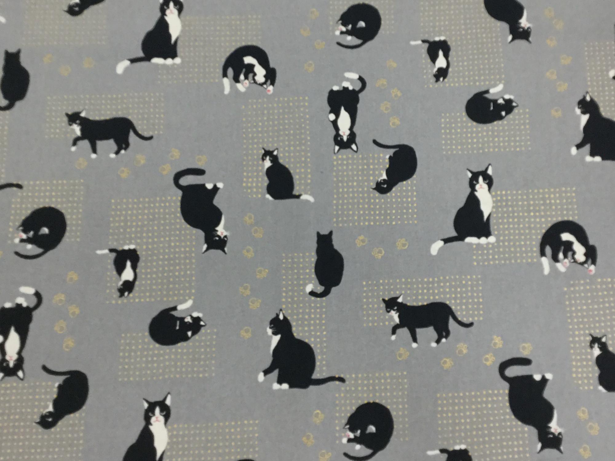 Kitty Cat Kitten Neko Japanese Asian Retro Cotton Quilt Fabric NT32