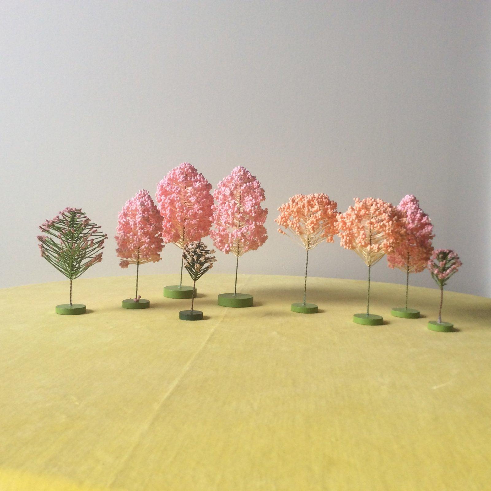 Vintage Department 56 Hide-A-Way Hollow Pastel Garden Trees Table Scape Miniature Set of Styrofoam Decorative Wire Branches VTG009