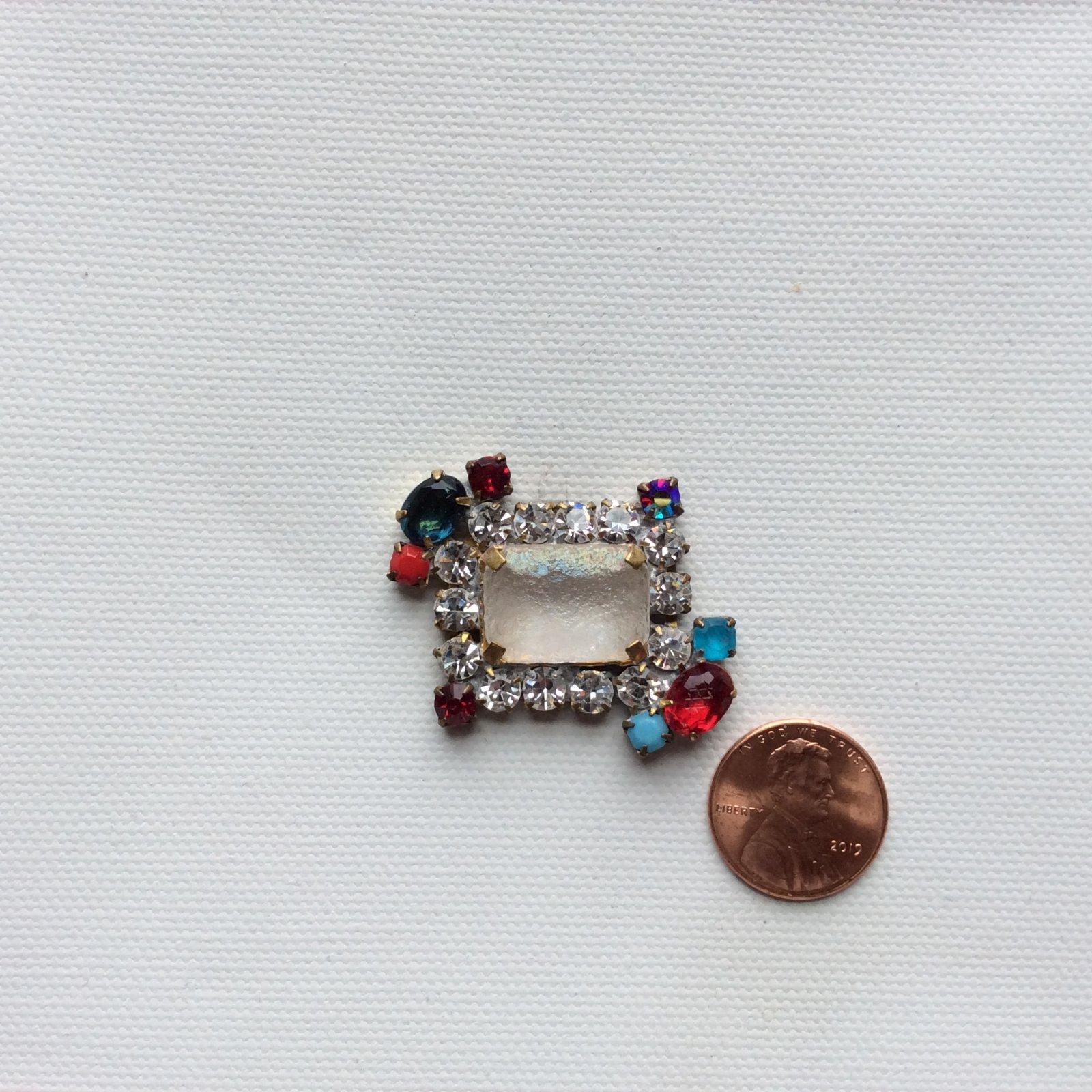 Vintage Czech Glass Rhinestone Jewelry Making Sew on Button Faceted Stone Decorative Costume Jewelry Pendant CZG033
