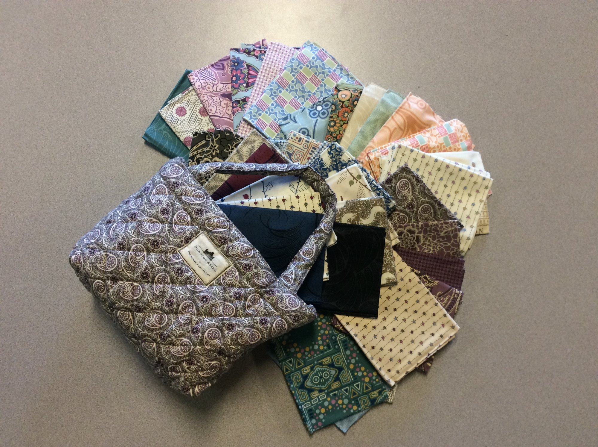Downton Abbey Fat Quarter Bundle and Totebag Andover Fabrics Gift Set 37 Fabric Piece ND003
