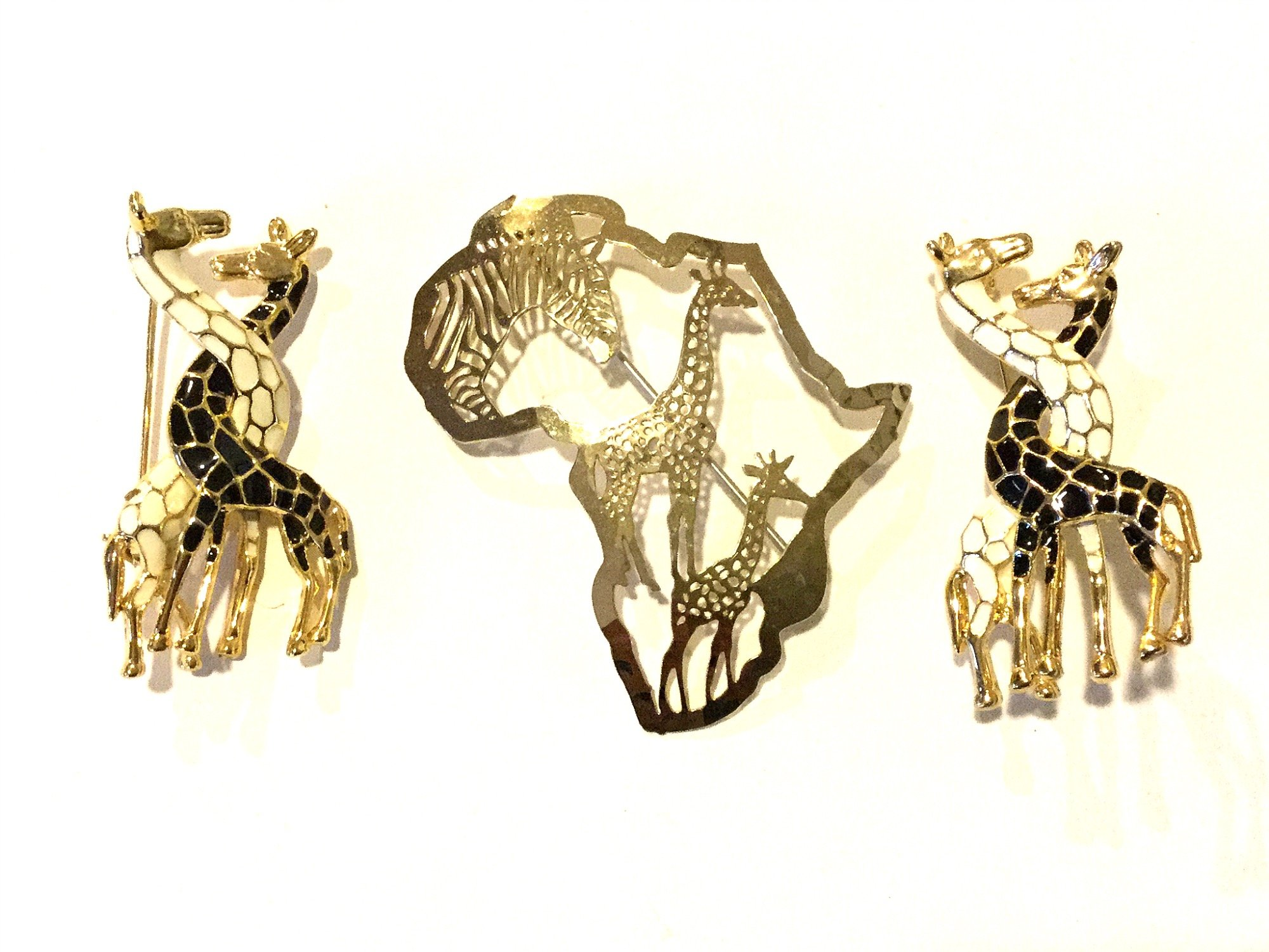 Set of THREE Vintage Pins Brooches Enamel Giraffes and Africa Continent