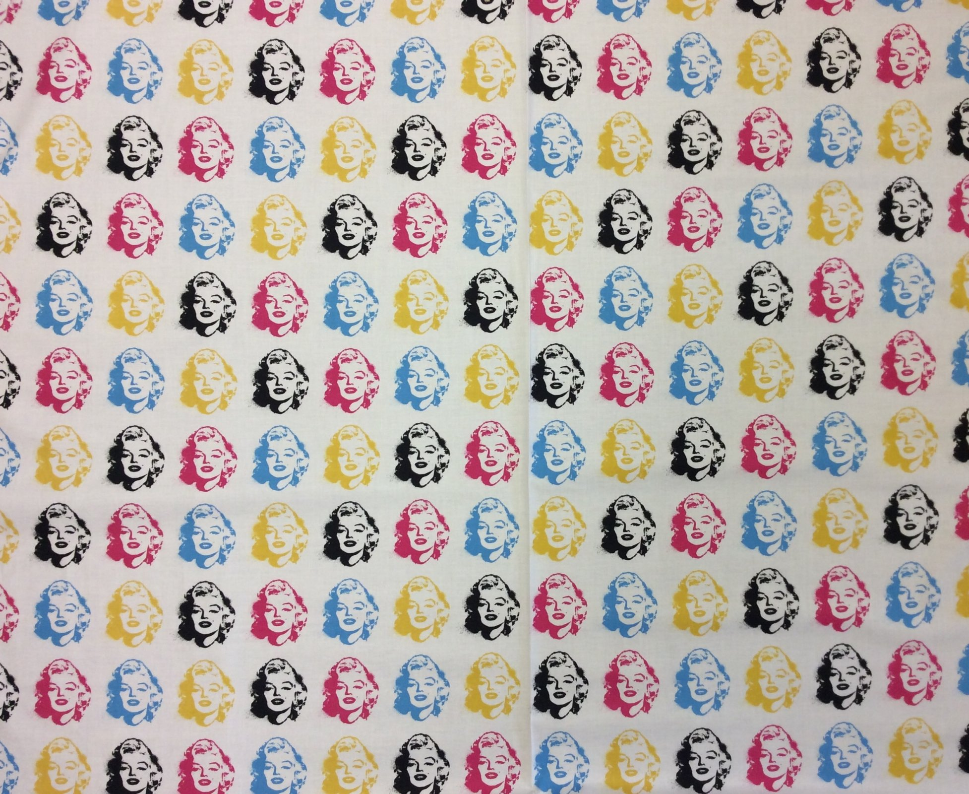Marilyn Monroe Warhol Style Pop Art Cotton Quilt Fabric RK176