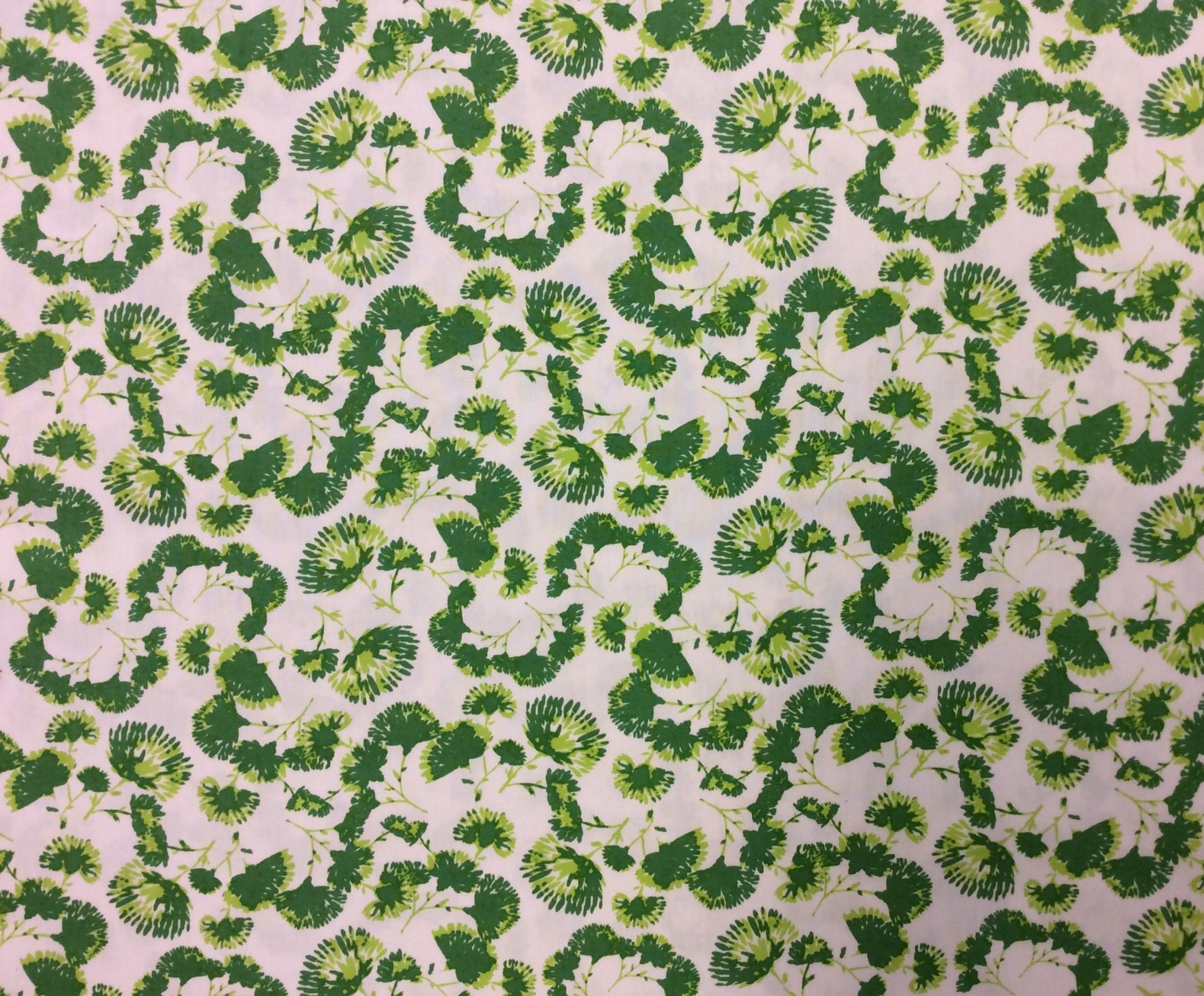 Green Leaves Art Gallery Soft Beautiful Cotton Quilt Fabric AR59