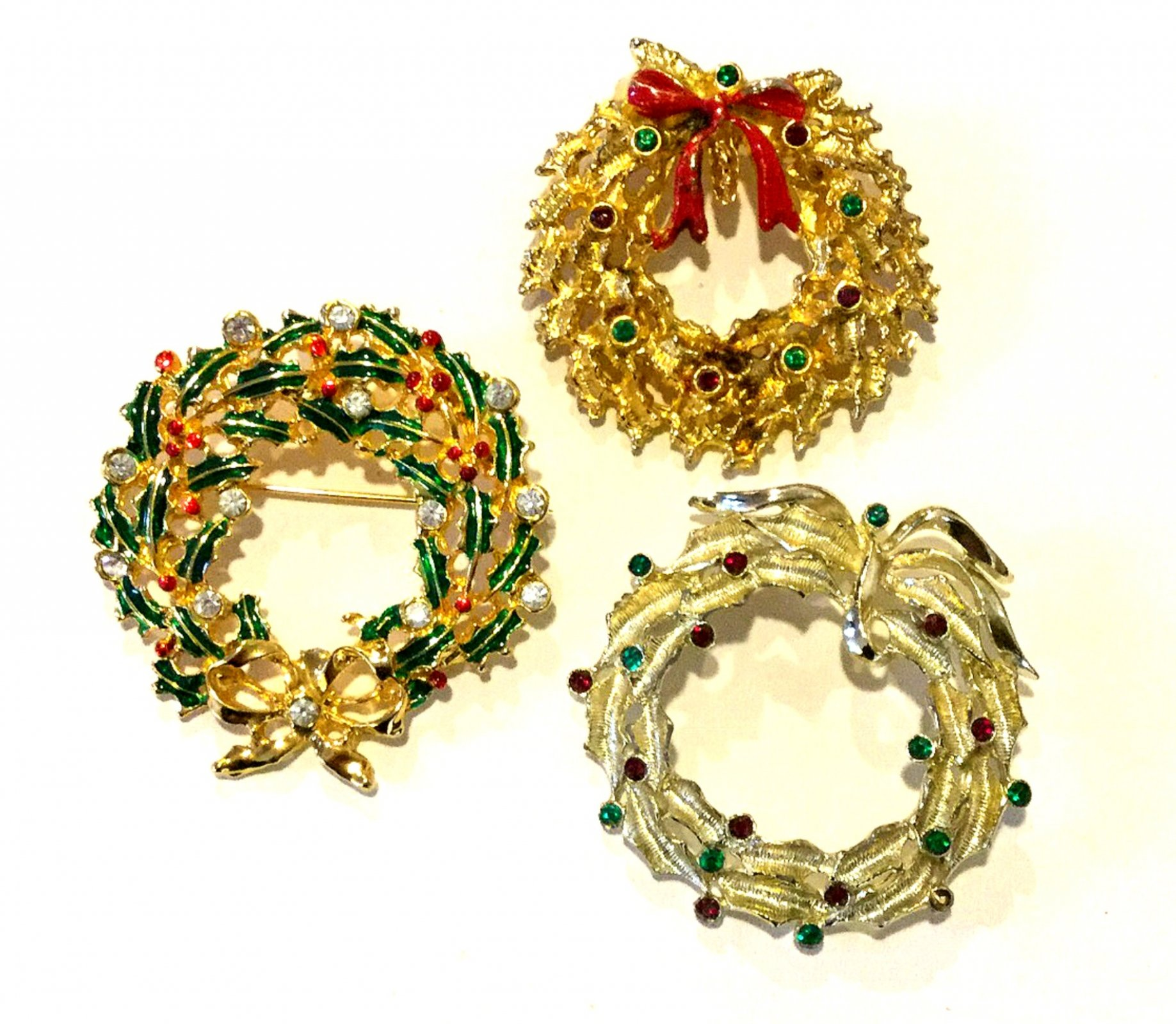 Christmas Wreaths THREE Vintage Costume Jewelry Pins