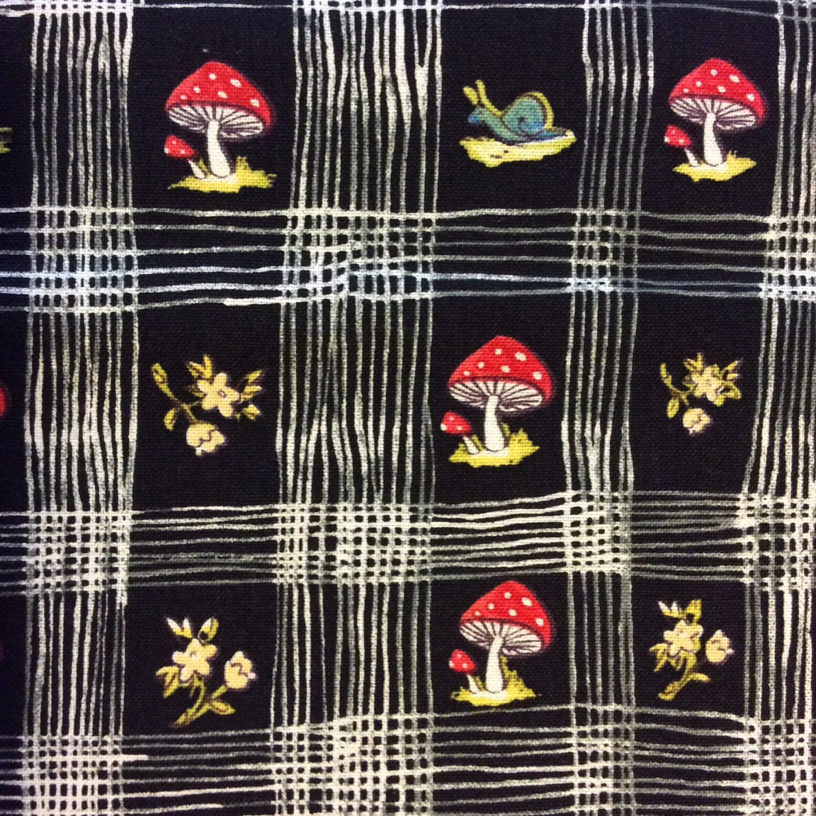 Mushrooms French Country Check European Scandinavia Style Retro Kitchen Farm Cotton Quilt Fabric BL13