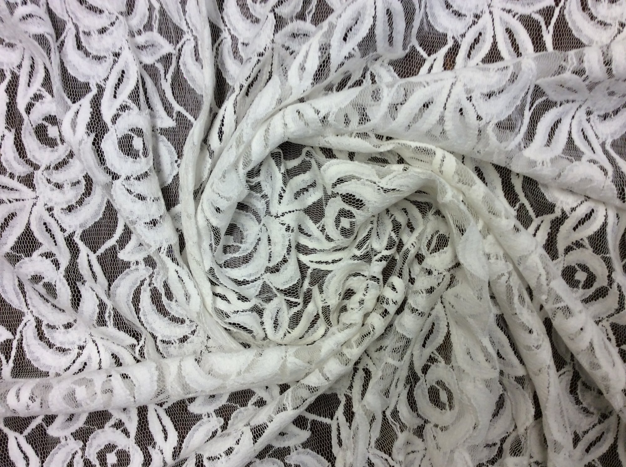 Casual Ivory Rose Lace Apparel Fabric LACE03