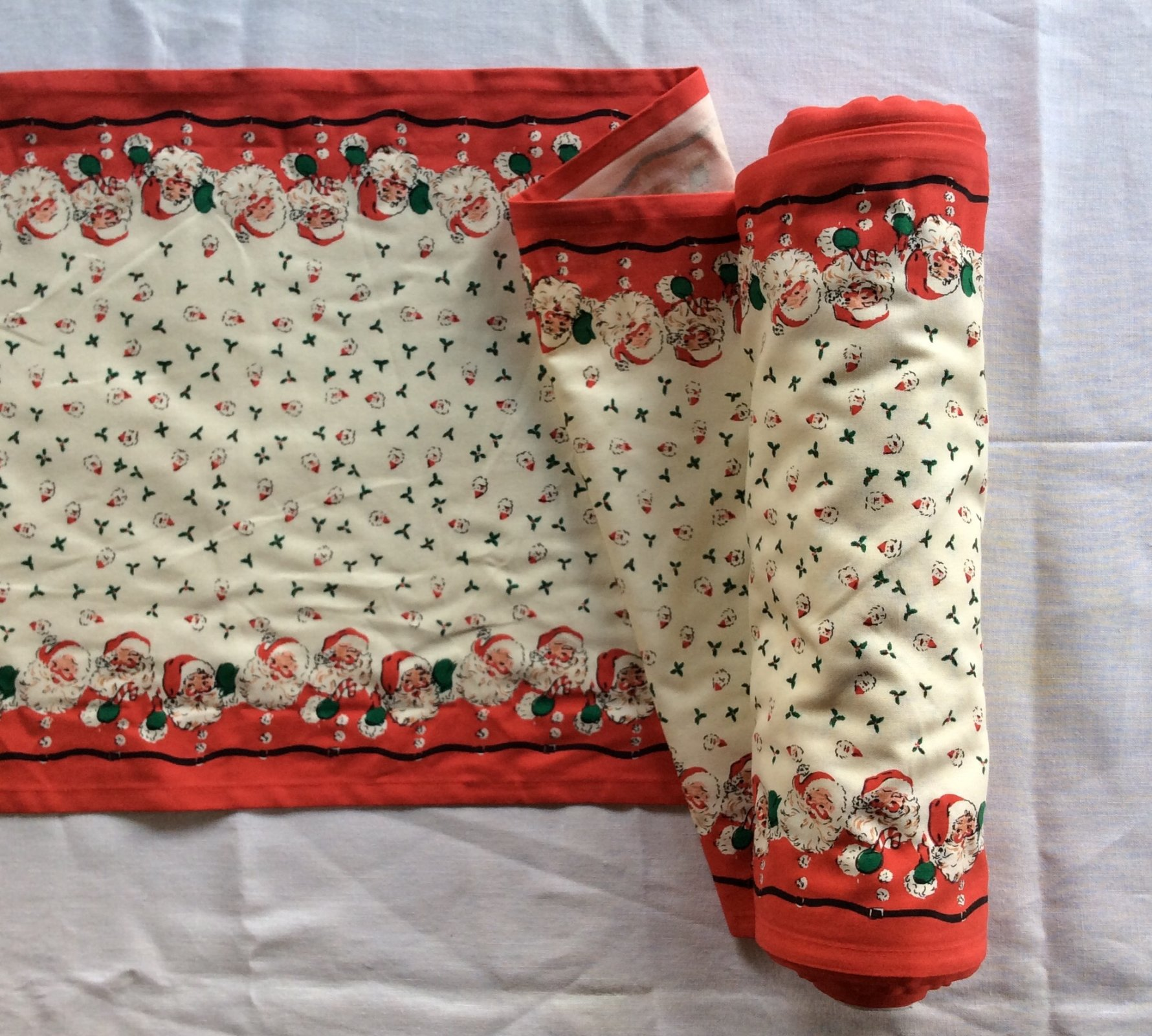 Toweling by the Yard Retro Fifties Style Santa Claus Christmas Cotton Toweling MOT110