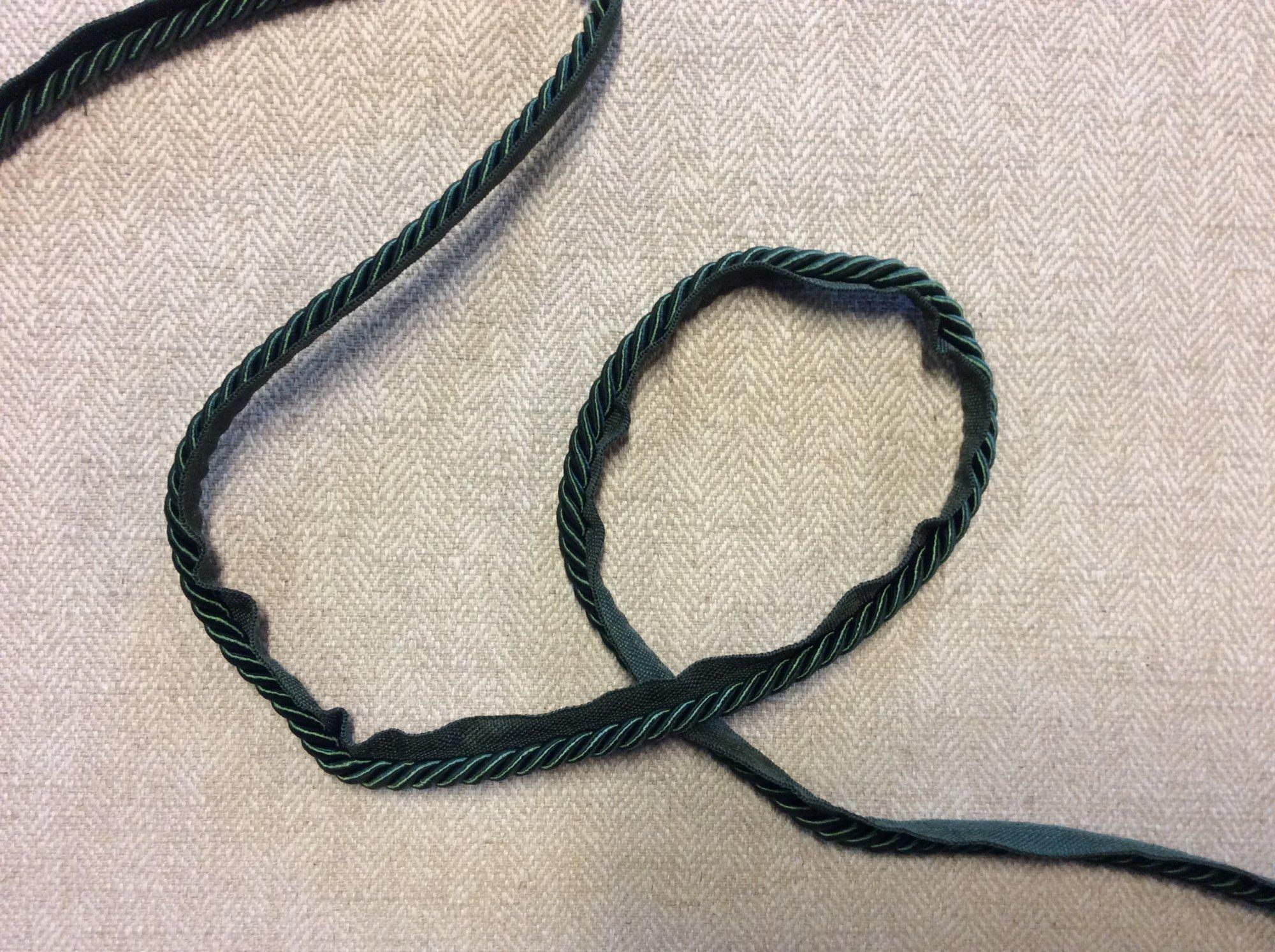 Wonderful Dark Emerald Green Lip Cord Home Decor Sew in Trim TRIM1006