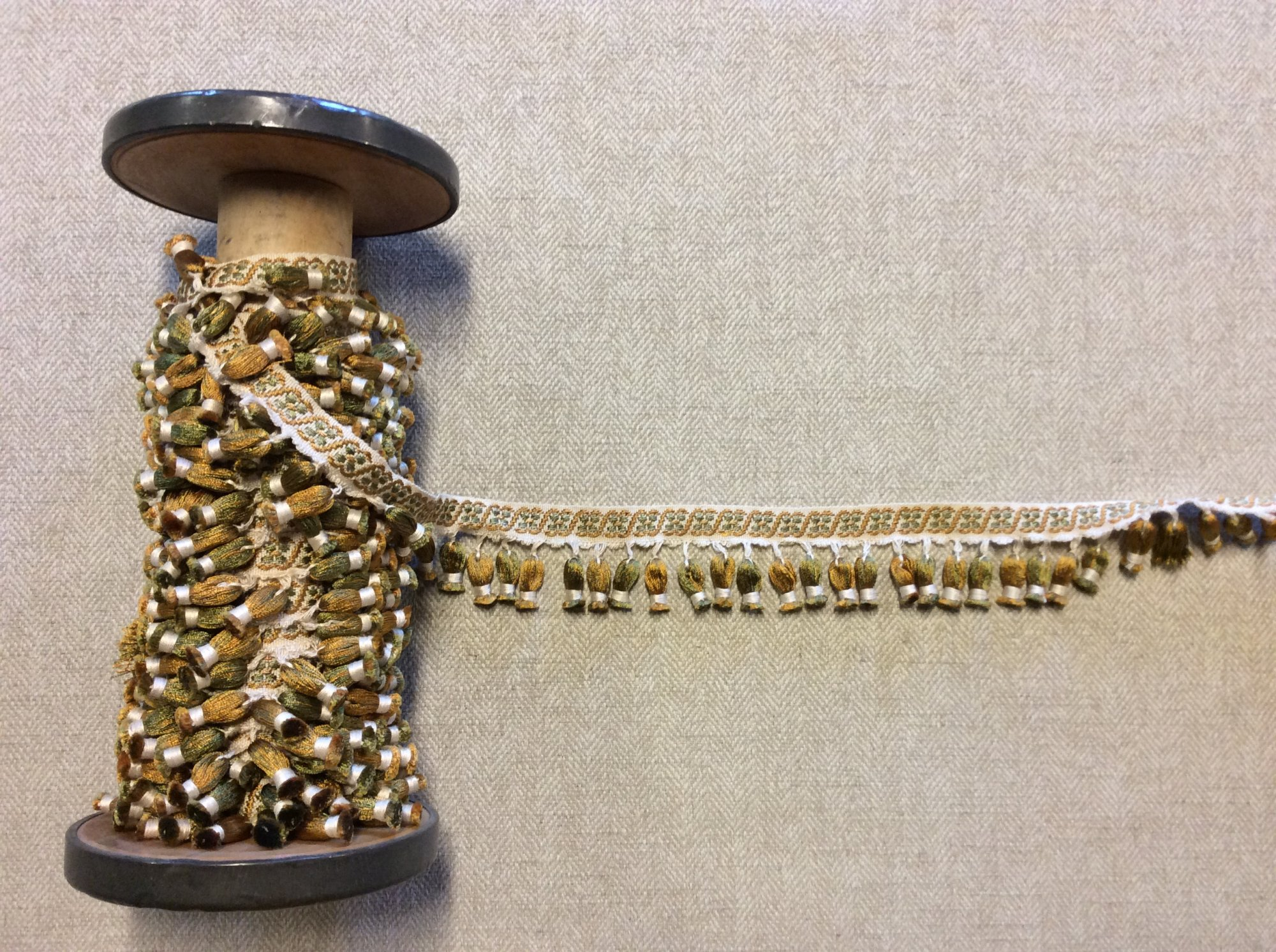 Vintage Gold and Green Onion Tassel Trim with Woven Floral Tape Home Decor Trim TRIM1048