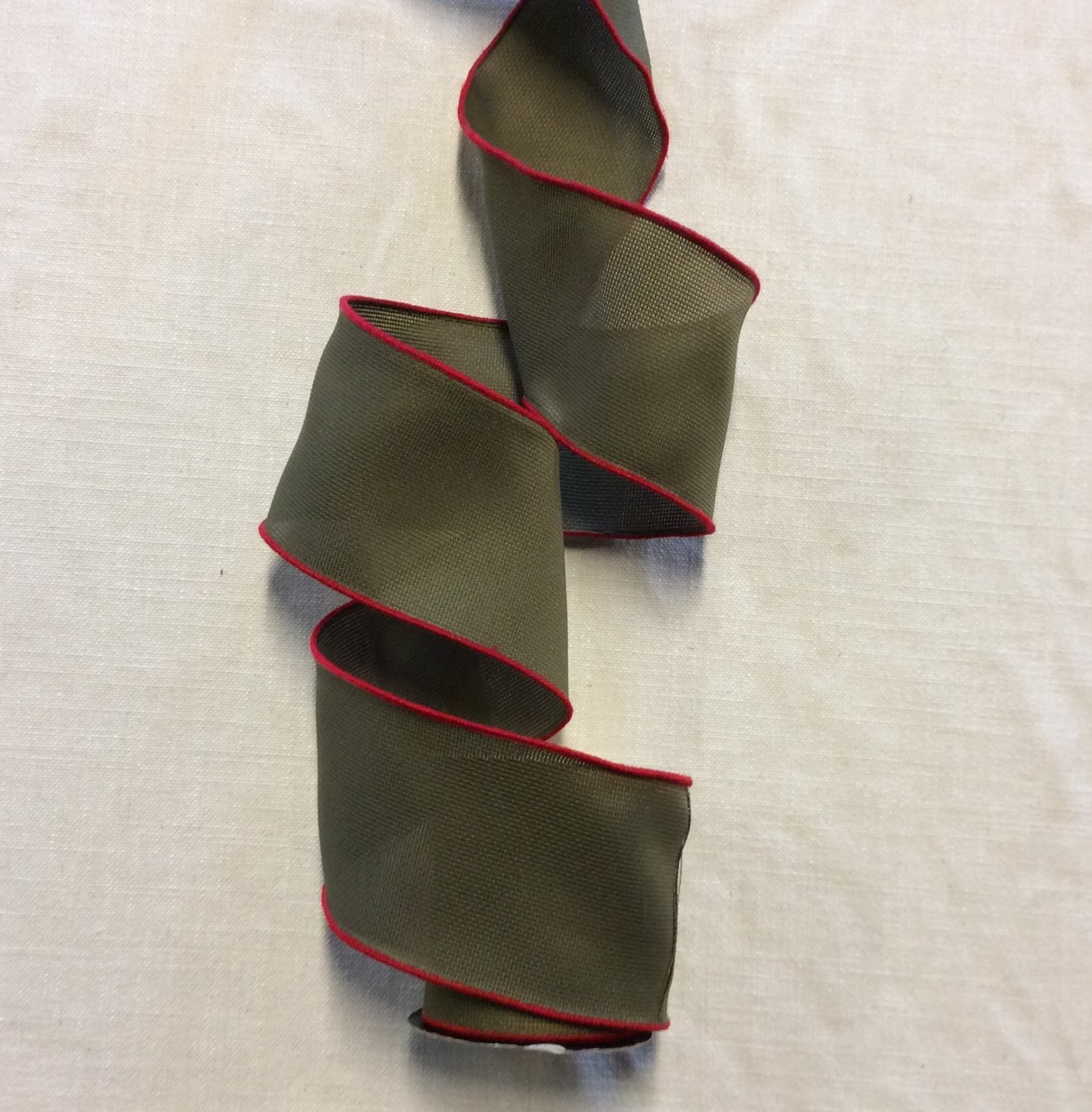 Holiday Burlap Look Casual Cabin Green with Red Thread Wired Ribbon Trim RIB1050
