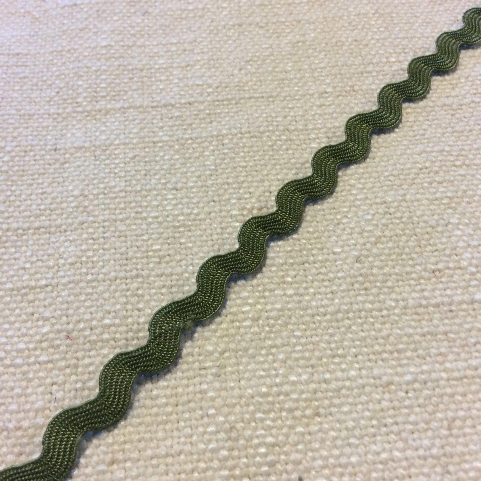Olive Green 1/4 Wide Ric Rac Ribbon Trim RIB1345