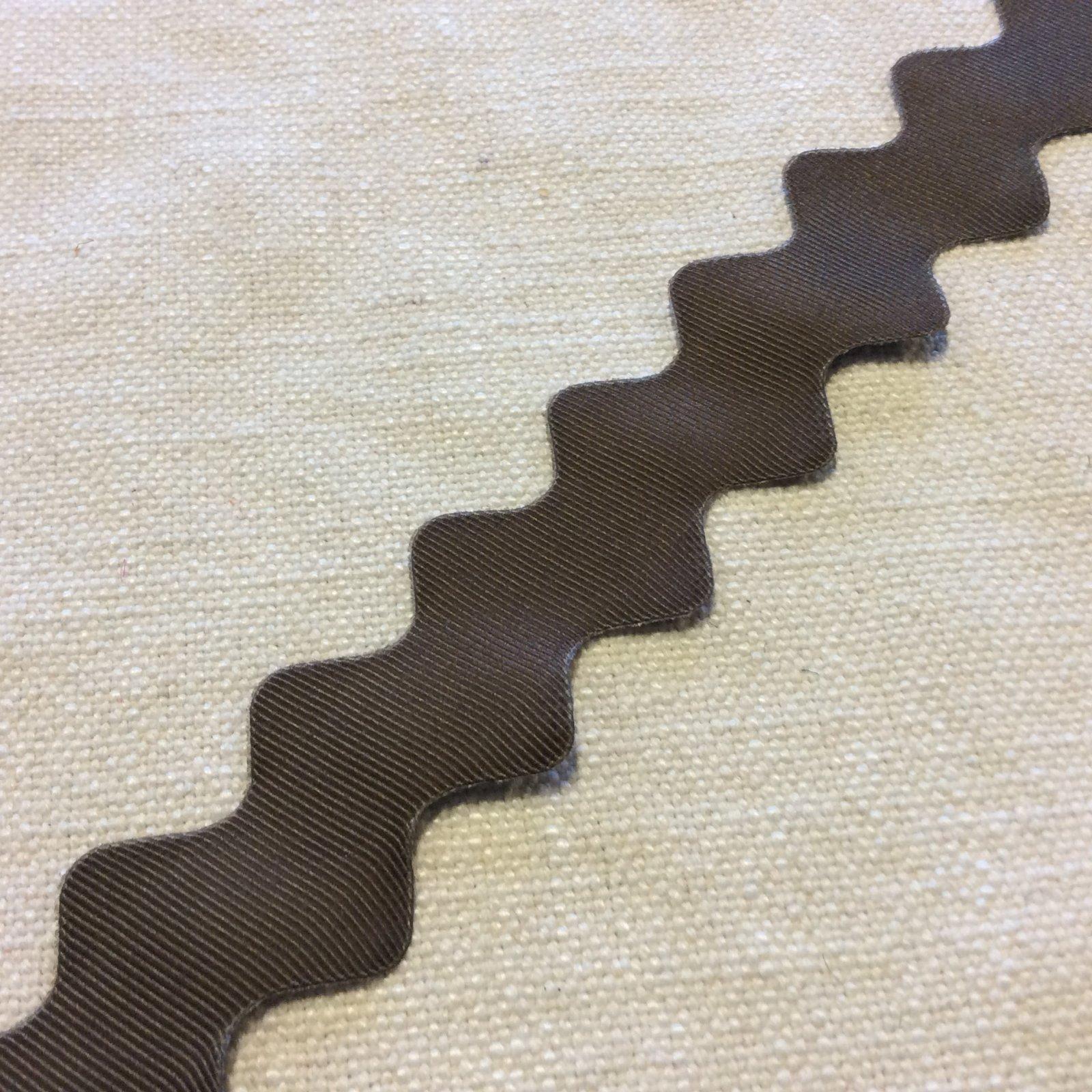 Chocolate Brown Grosgrain Wavy 1 Wide Ric Rac Ribbon Trim RIB1353