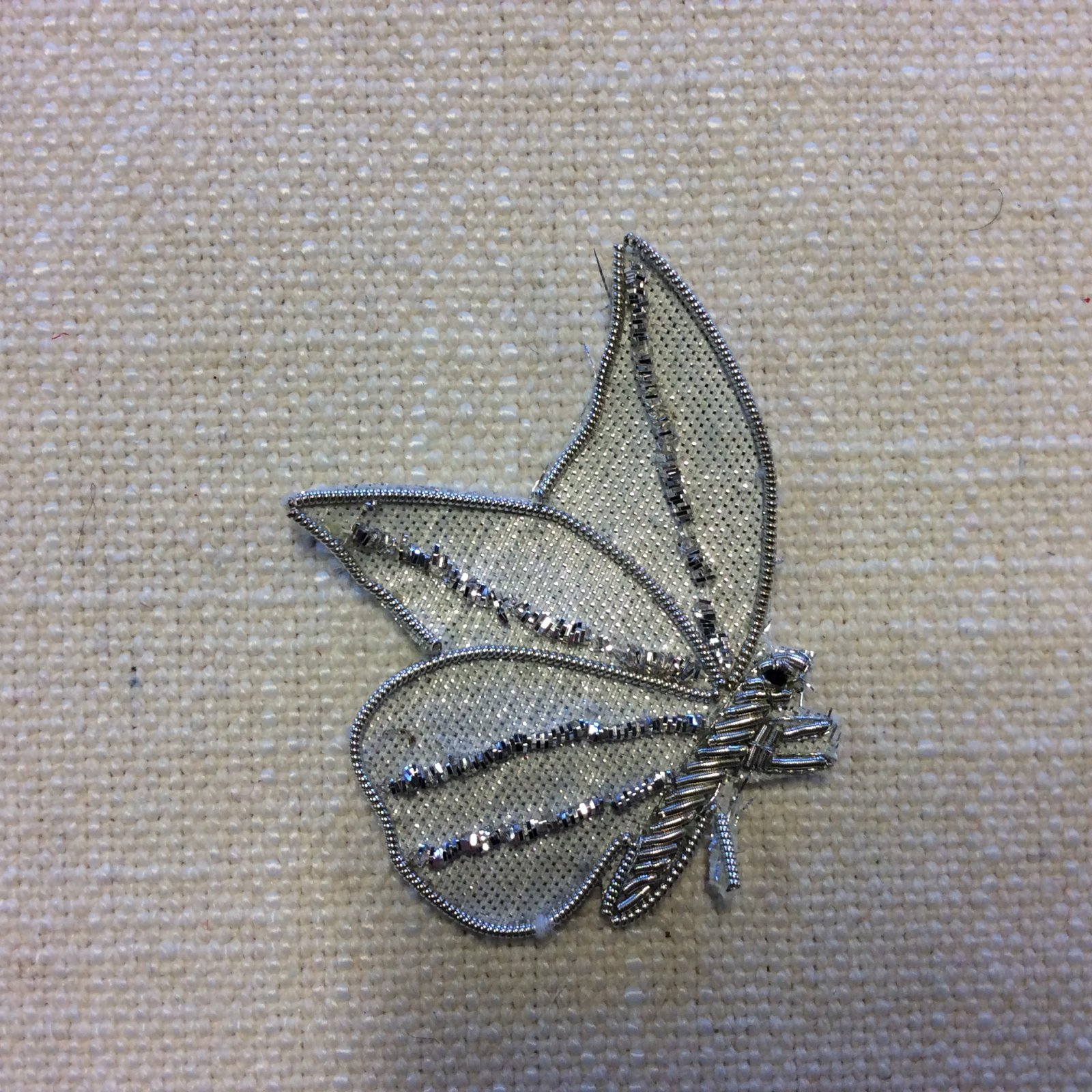 Luxury Silver Butterfly Moth Coiled Metallic Thread Glamour Sew-On Applique AP006