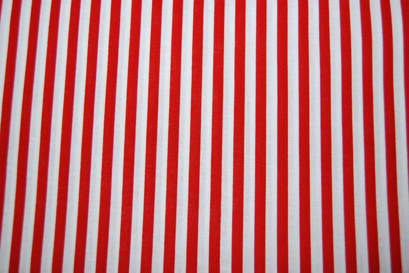 Stripe Festival Red and White Stripe Small Cotton Fabric Quilting ... : cotton fabric quilting - Adamdwight.com