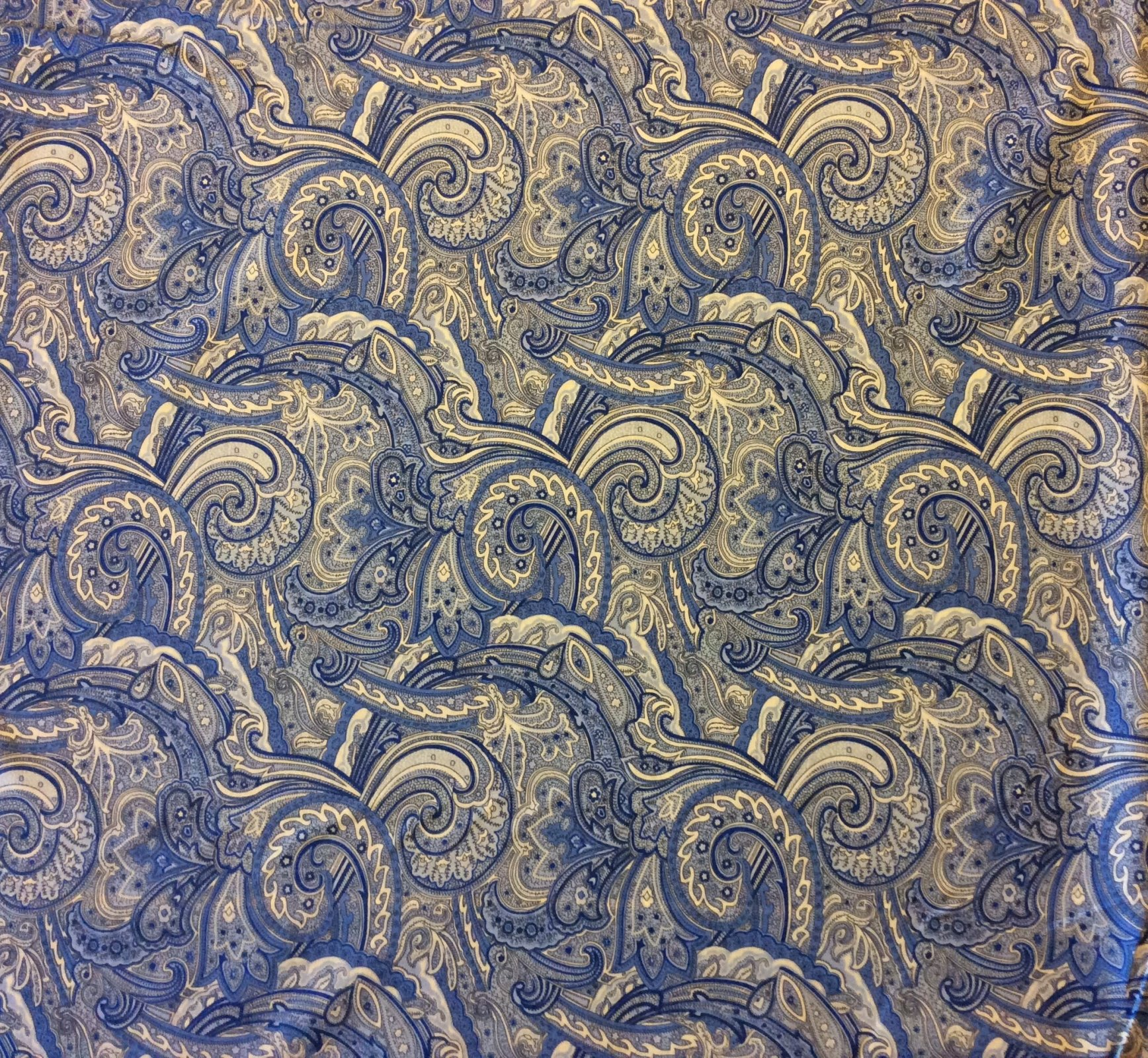 FAT QUARTER! Blue Paisley Swirl French Provincial Boteh Persian Abstradt Cotton Quilt Fabric RPFBE03