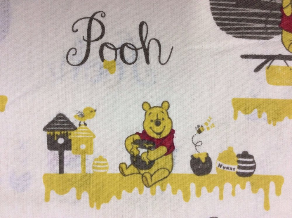 FAT QUARTER! Winnie The Pooh Cute Honeypot Balloon Cotton Fabric Quilt Fabric RPFMD27