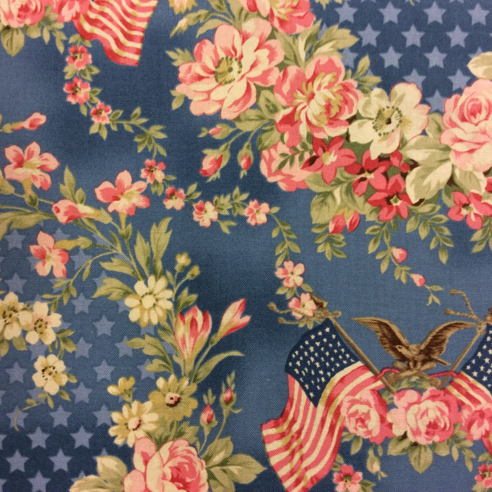MD68 Victorian Style USA Floral Flag Eagle Star Patriotic Cotton Quilting Fabric